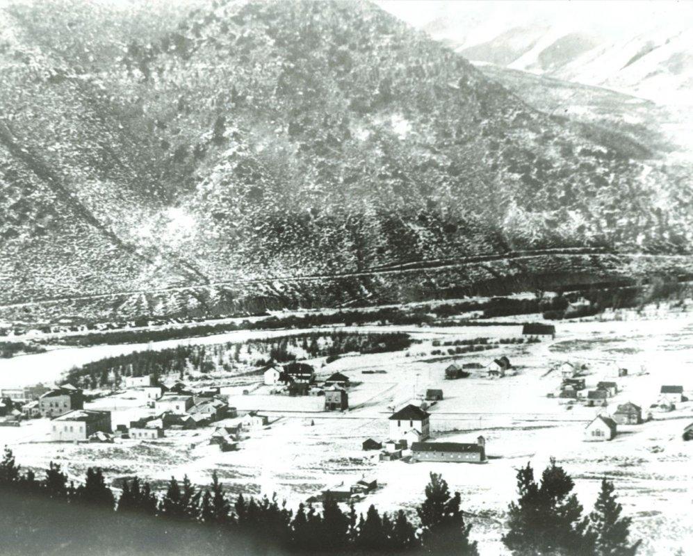 Hot Sulphur Springs Colorado - 1915