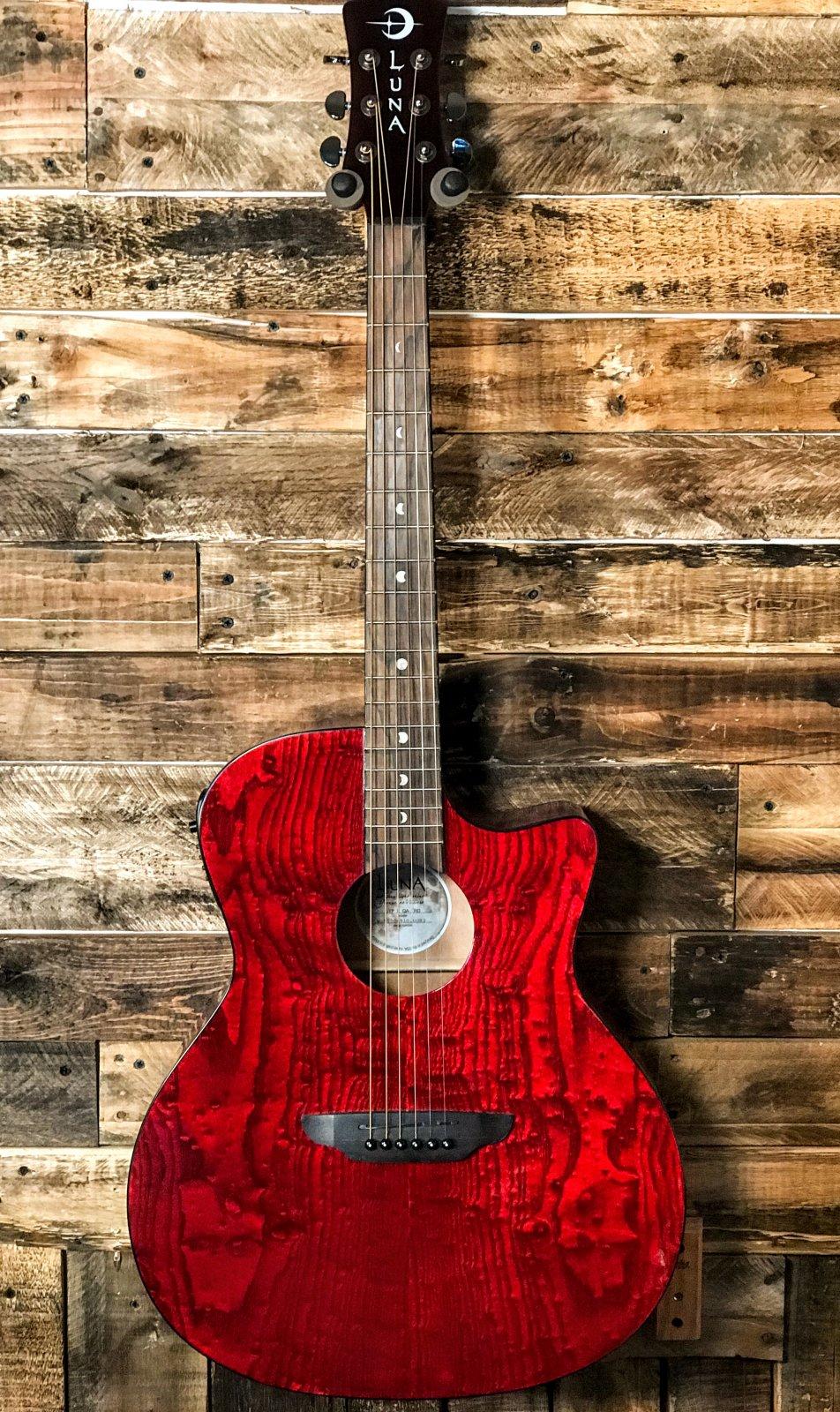 Luna Acou/Elect Guitar Red GYPEQATRD