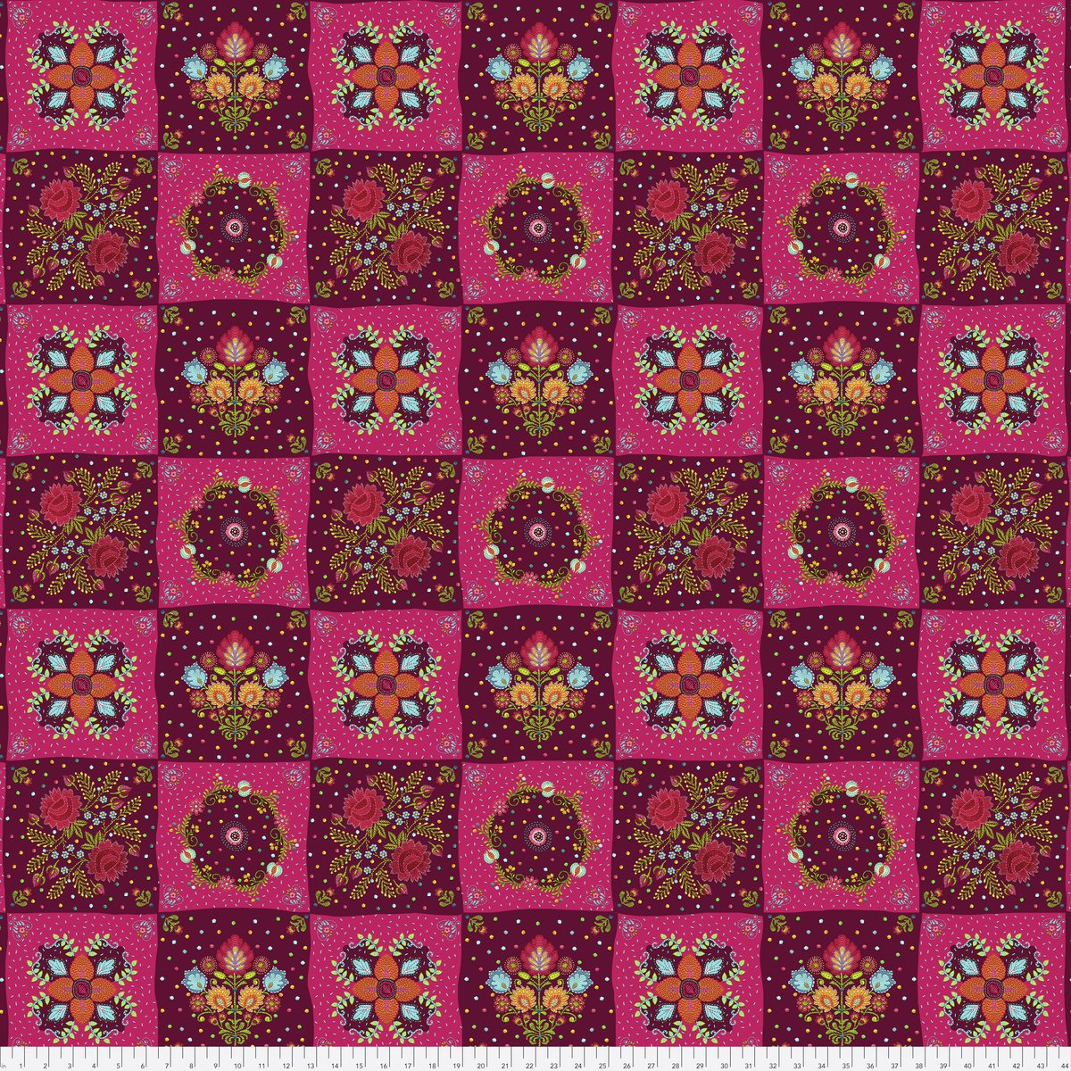 Broderie Boheme - Chessboard Garnet