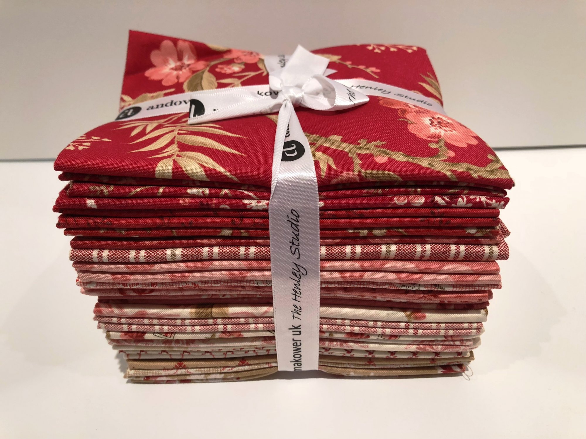 Andover Little Sweetheart Fat Quarters by Edyta Sitar from Laundry Basket Quilts 22 pc
