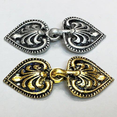 Hooks & Eyes : Metal Heart Clasp