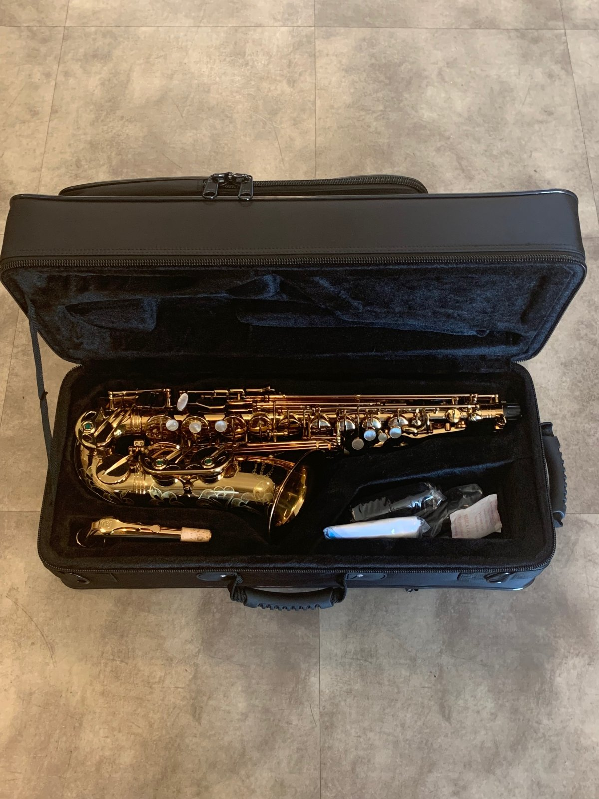 Chateau CAS-50C Alto Saxophone Intermediate Cafe Lacquer - NEW