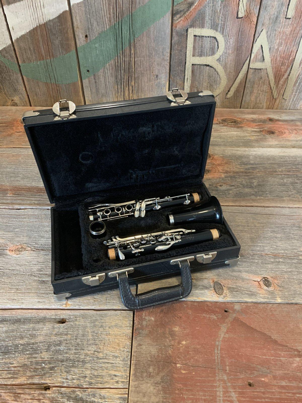 Vito Reso-Tone Bb Clarinet Plastic - USED