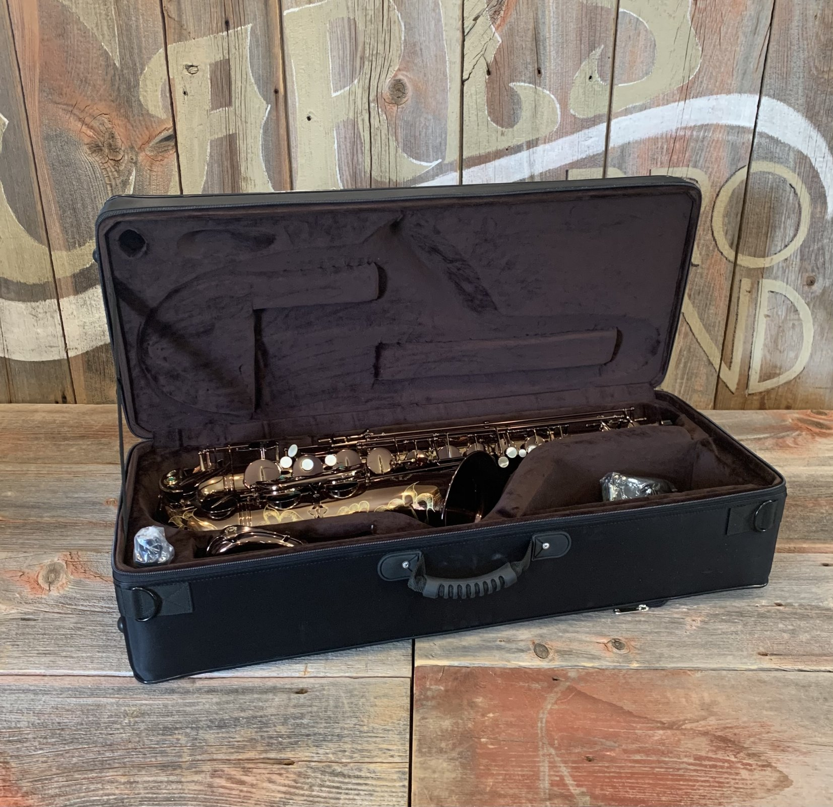 Chateau CTS-50C Tenor Saxophone Intermediate Cafe Lacquer - NEW