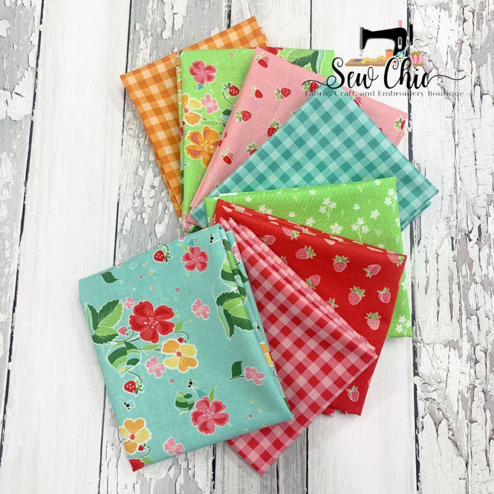 Strawberry Honey Fat Quarter Bundle 8 Fabrics