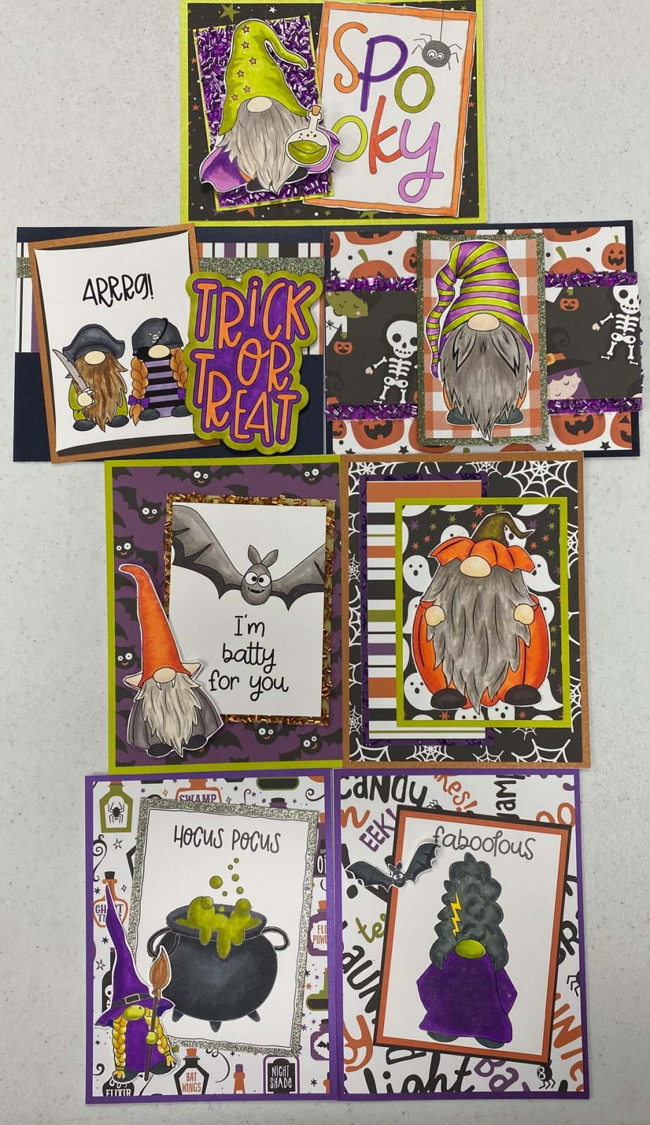 SOLD OUT -PHOTO RESOURCE Gnome Halloween Card Kit