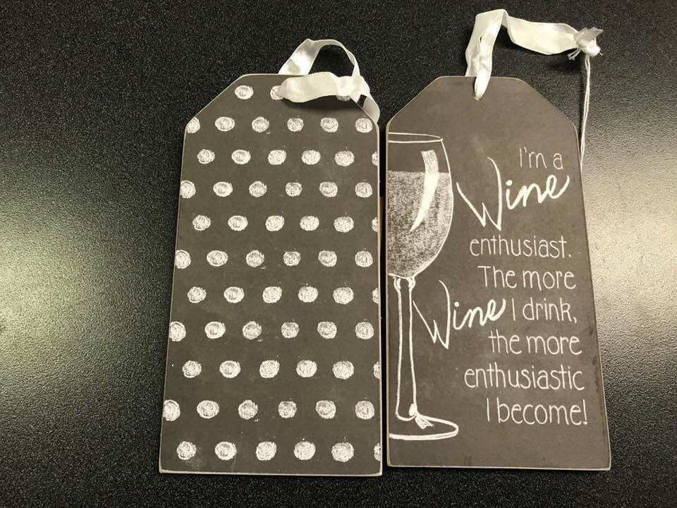 03- bottle tag Wine enthusiast