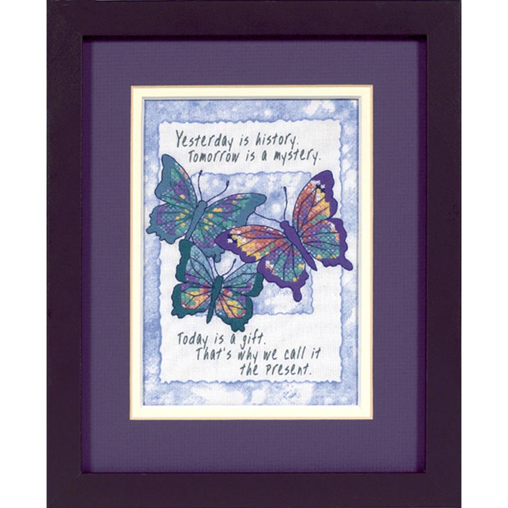 Dimensions Needlepoint Today is a Gift 5x7