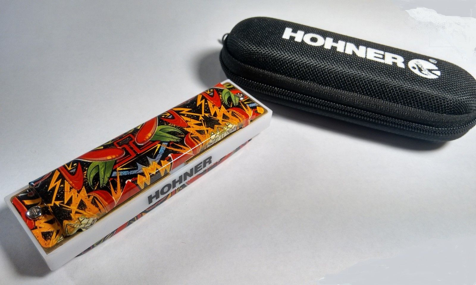New Hohner Tagged White Cobra Blues Bender Diatonic Harmonica Key of A