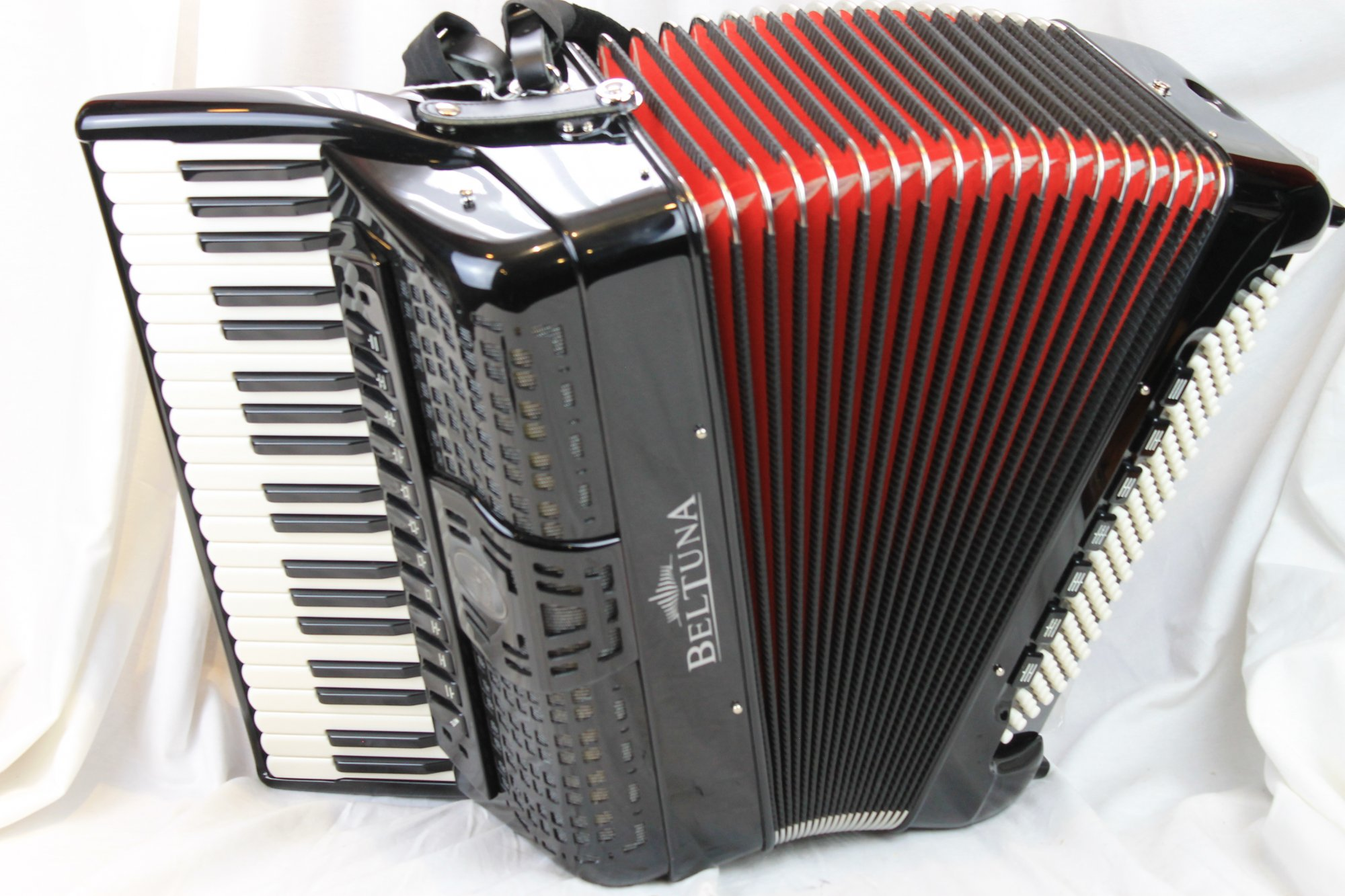 NEW Black Beltuna Prestige IV Piano Accordion Slender LMMH 41 120