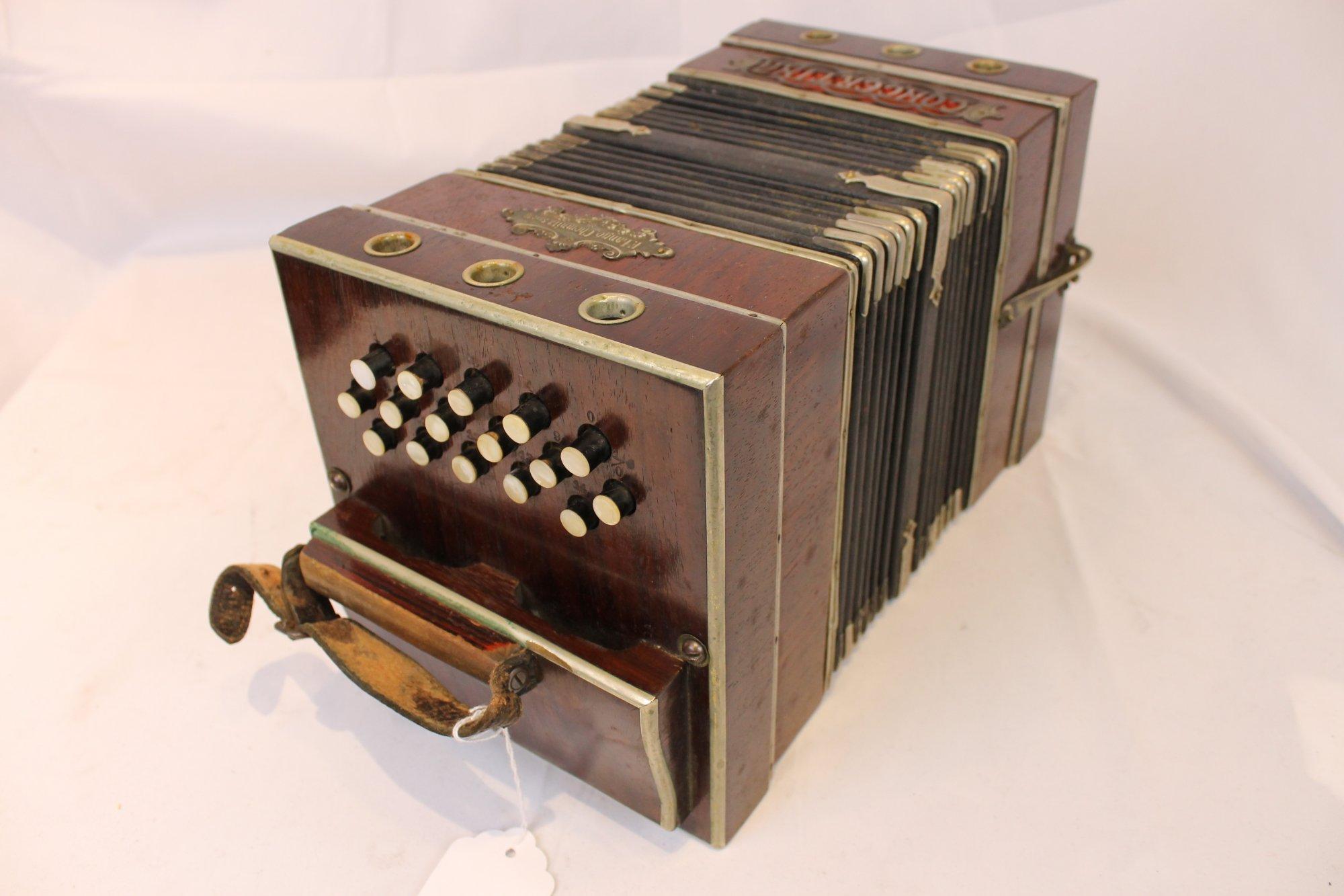 4145 - Wood Chemnitzer Concertina LM 22 16