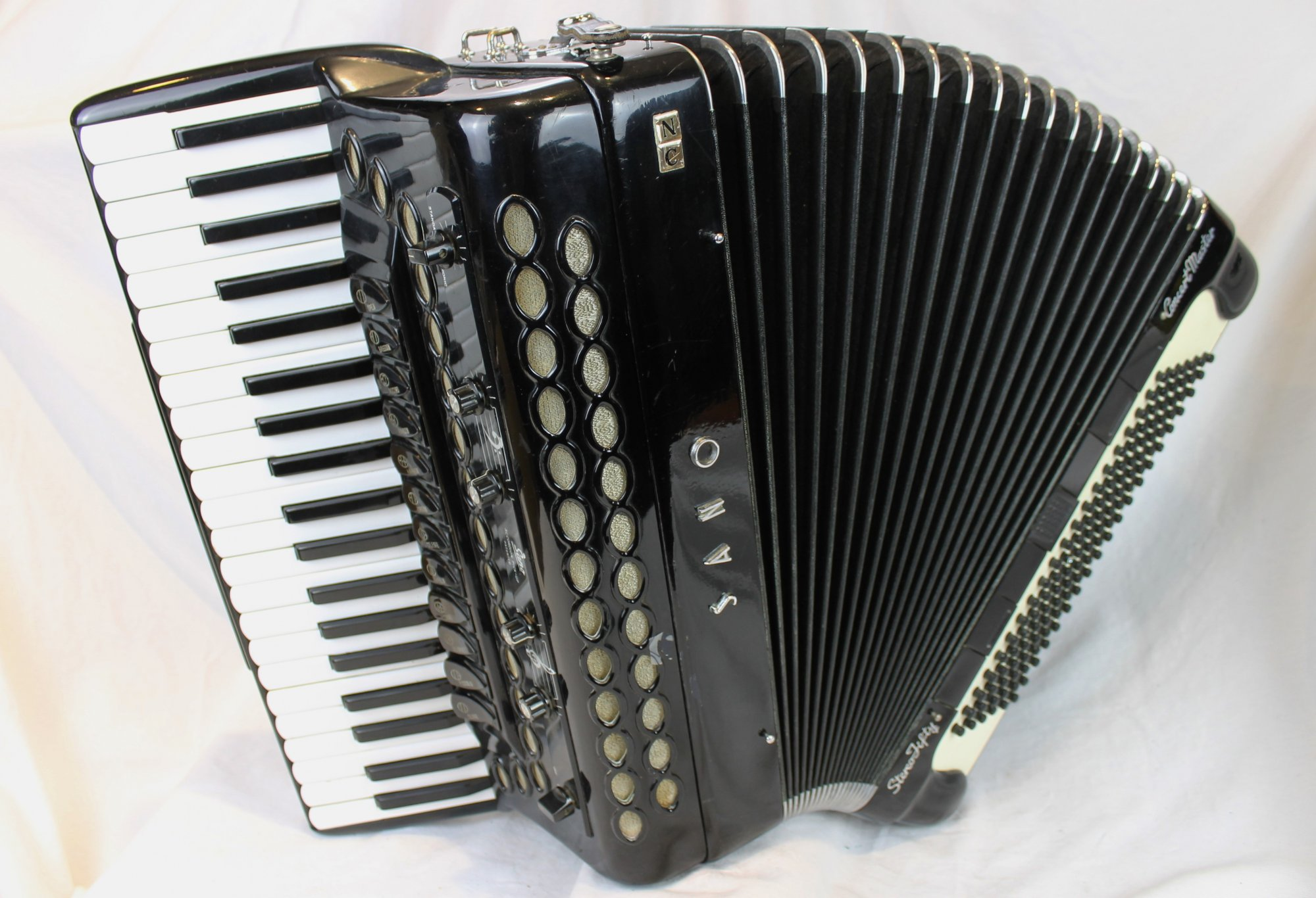 4211 - Black Sano Stereo Fifty Concert Master Piano Accordion LMMH 41 120