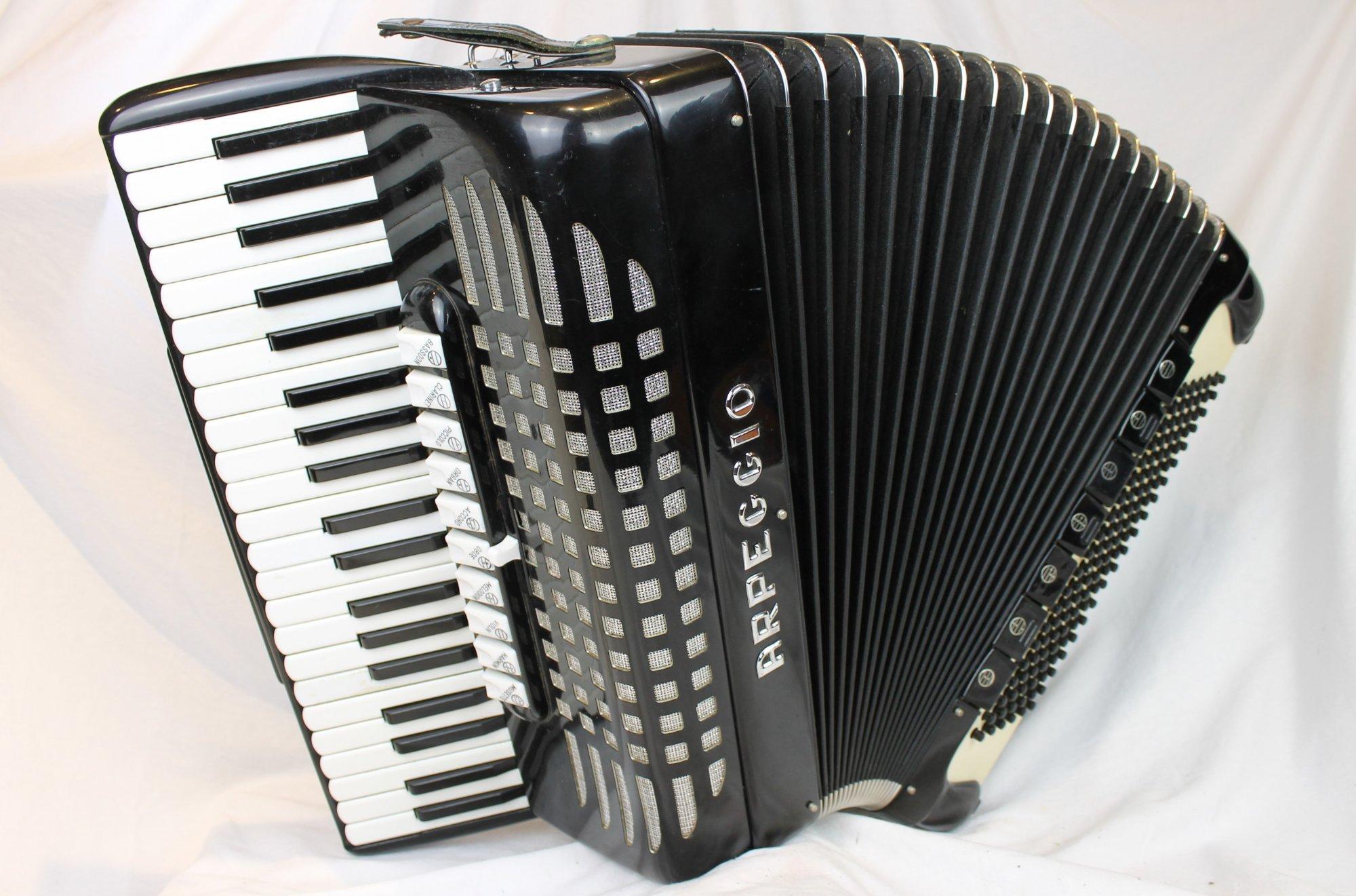 4215 - Black Arpeggio Tone Chamber Piano Accordion LMMH 41 120
