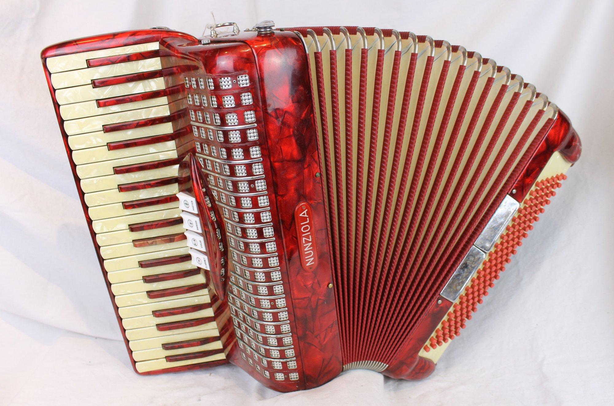 4217 - Red Borsini Nunziola Piano Accordion LMM 41 120