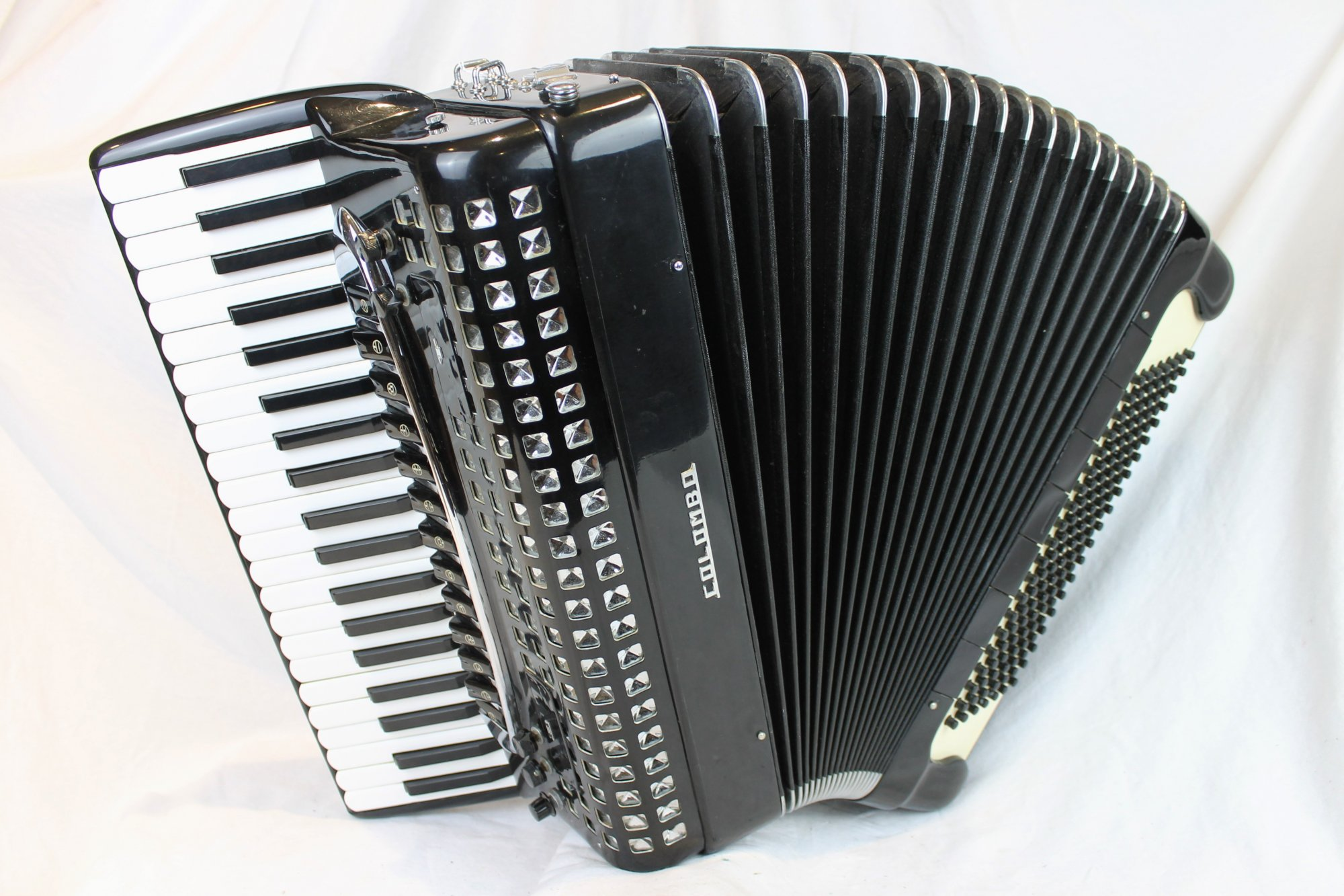 4221 - Black Colombo Piano Accordion LMMH 41 120