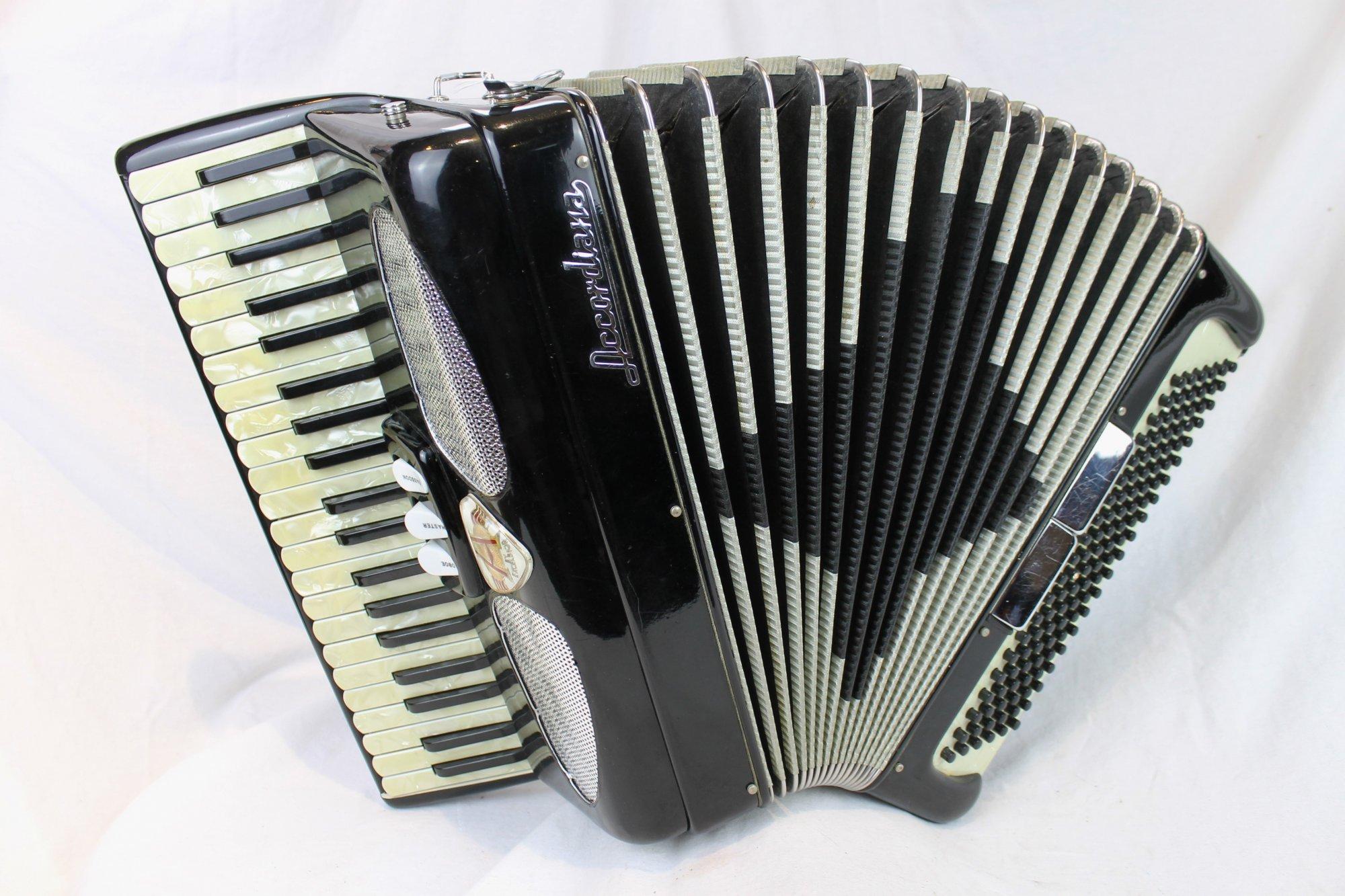4230 - Black Excelsior Accordiana 305 Piano Accordion LM 41 120