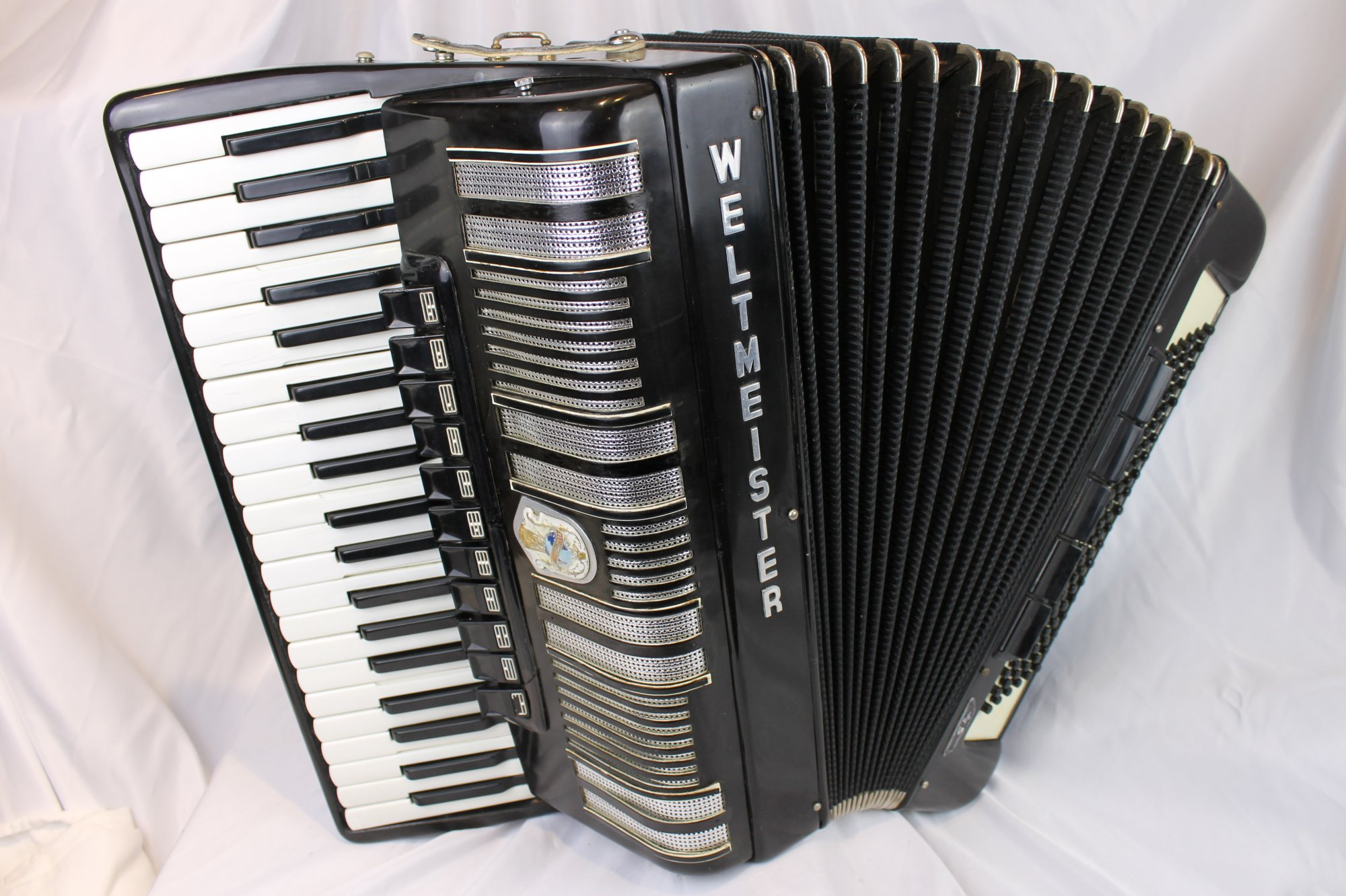 4238 - Black Weltmeister S4 Tone Chamber Piano Accordion LMMH 41 120