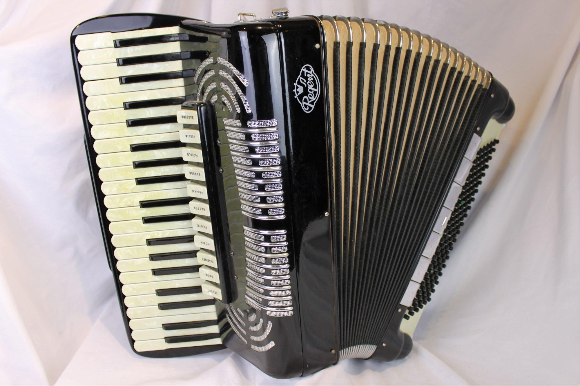 4327 - Black Noble Regent Piano Accordion LMMH 41 120