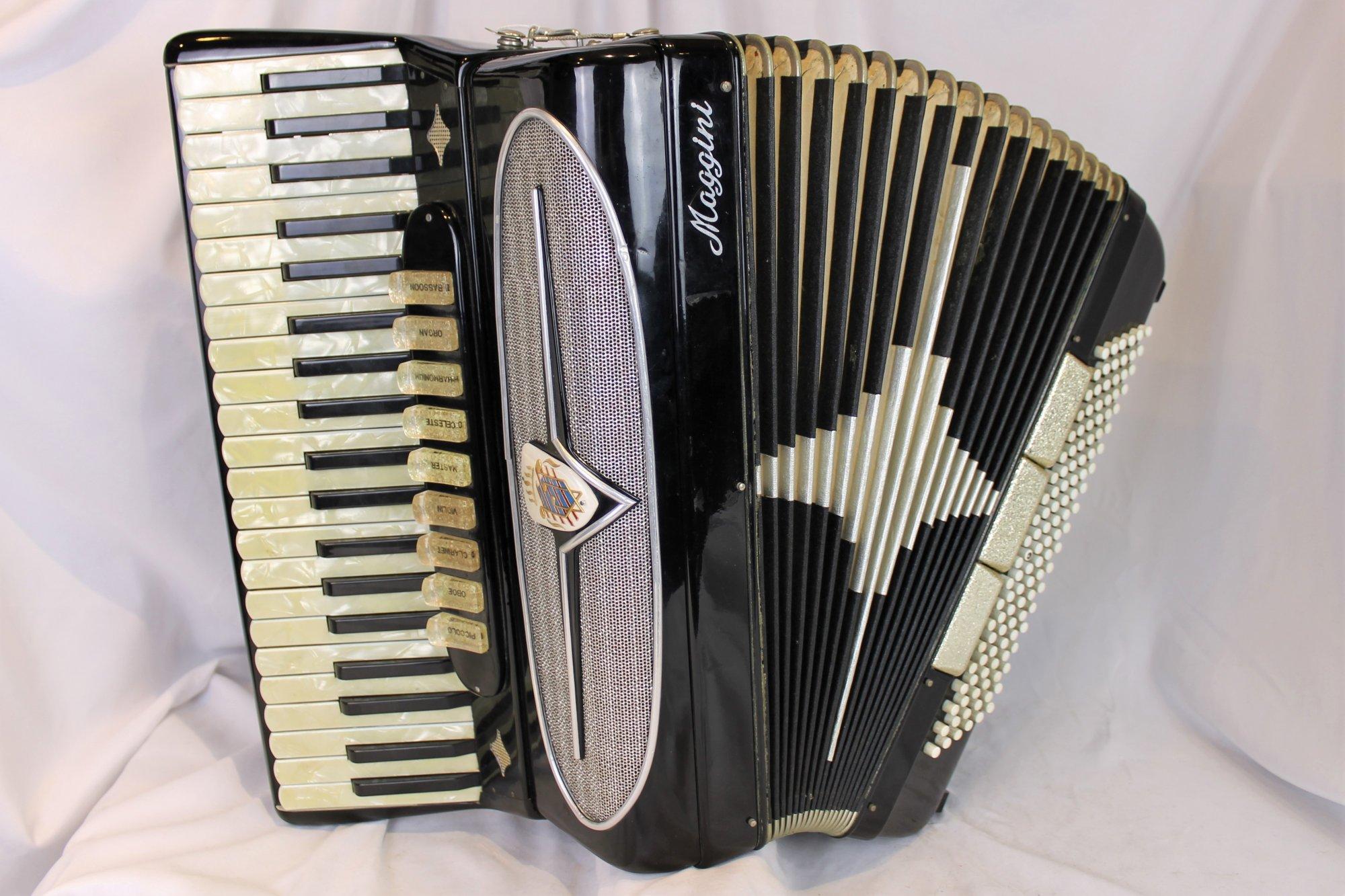 4385 - Black Maggini Piano Accordion LMMH 41 120