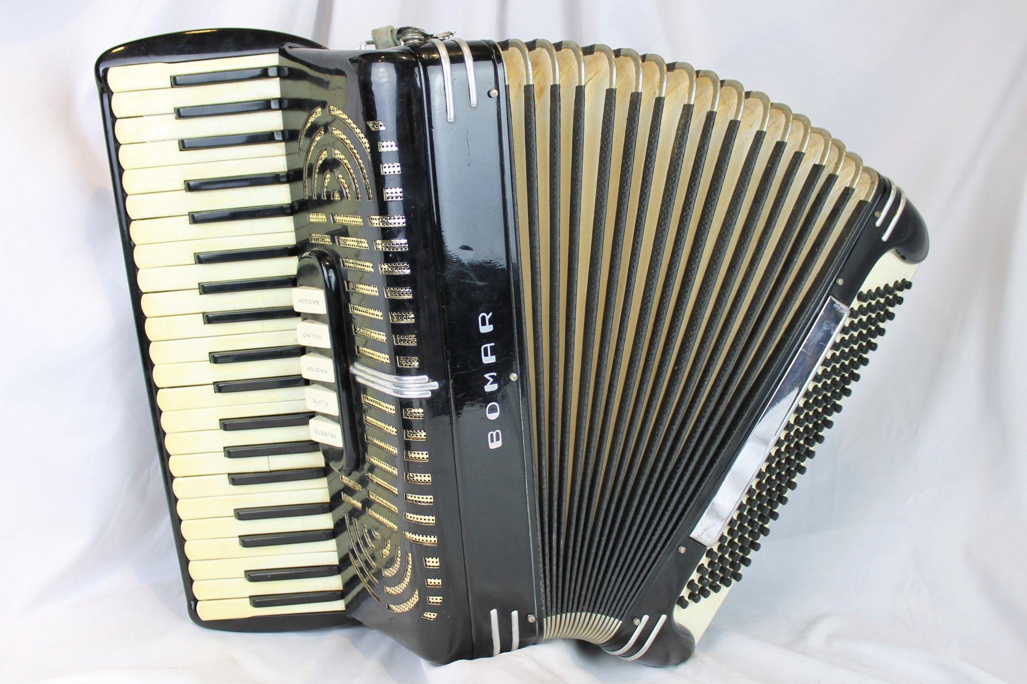 4387 - Black Bomar Supreme Piano Accordion LMH 41 120