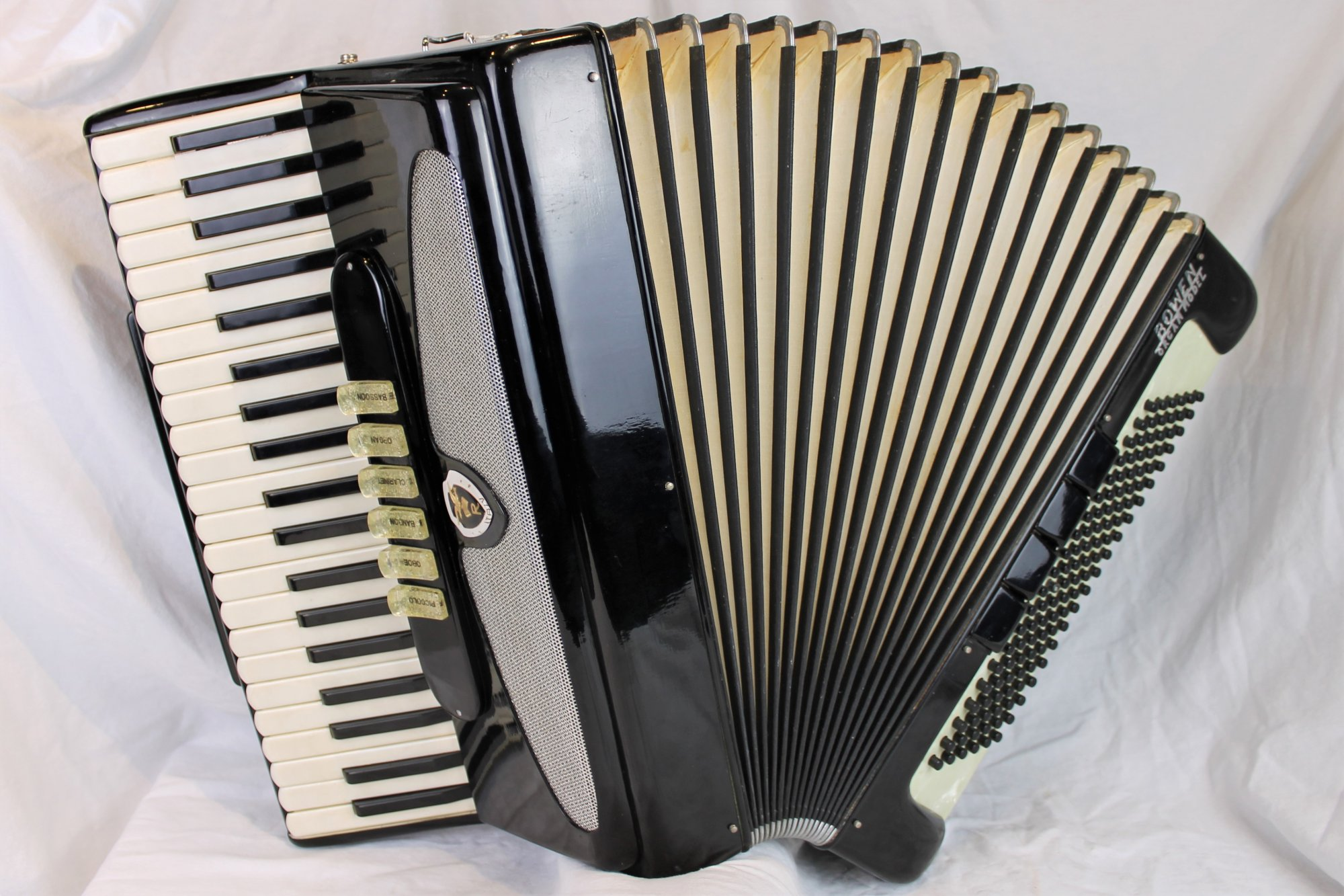 4398 - Black Bowen Organ Model 745 Piano Accordion LMH 41 120