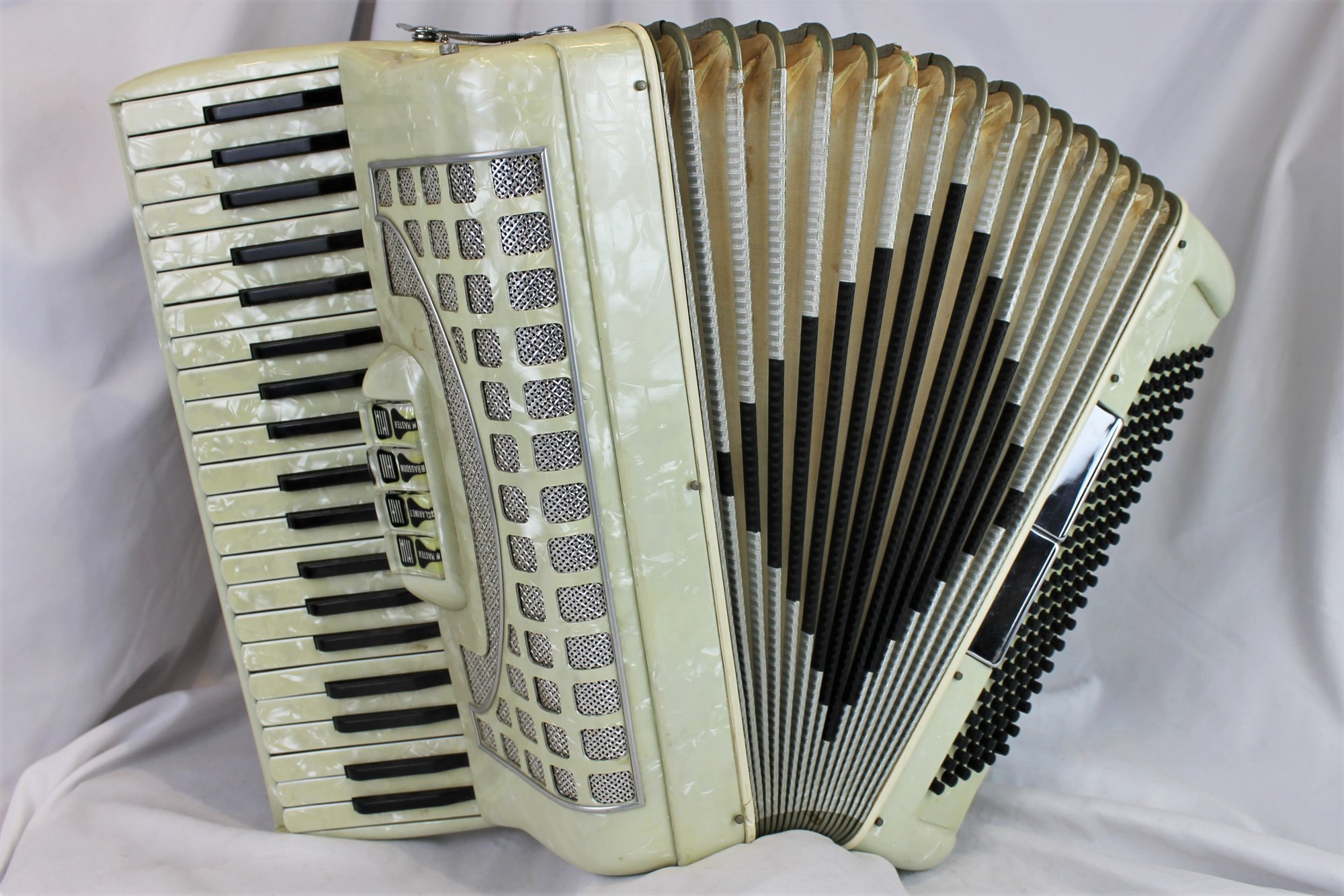 4409 - Ivory Castiglione Piano Accordion LM 41 120