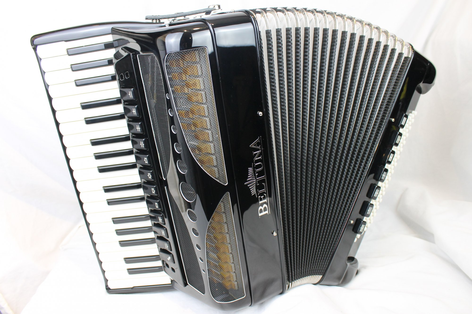 NEW Beltuna Piano Accordion Play IV 96C-P Double Tone Chamber Luxe Pro 37 96