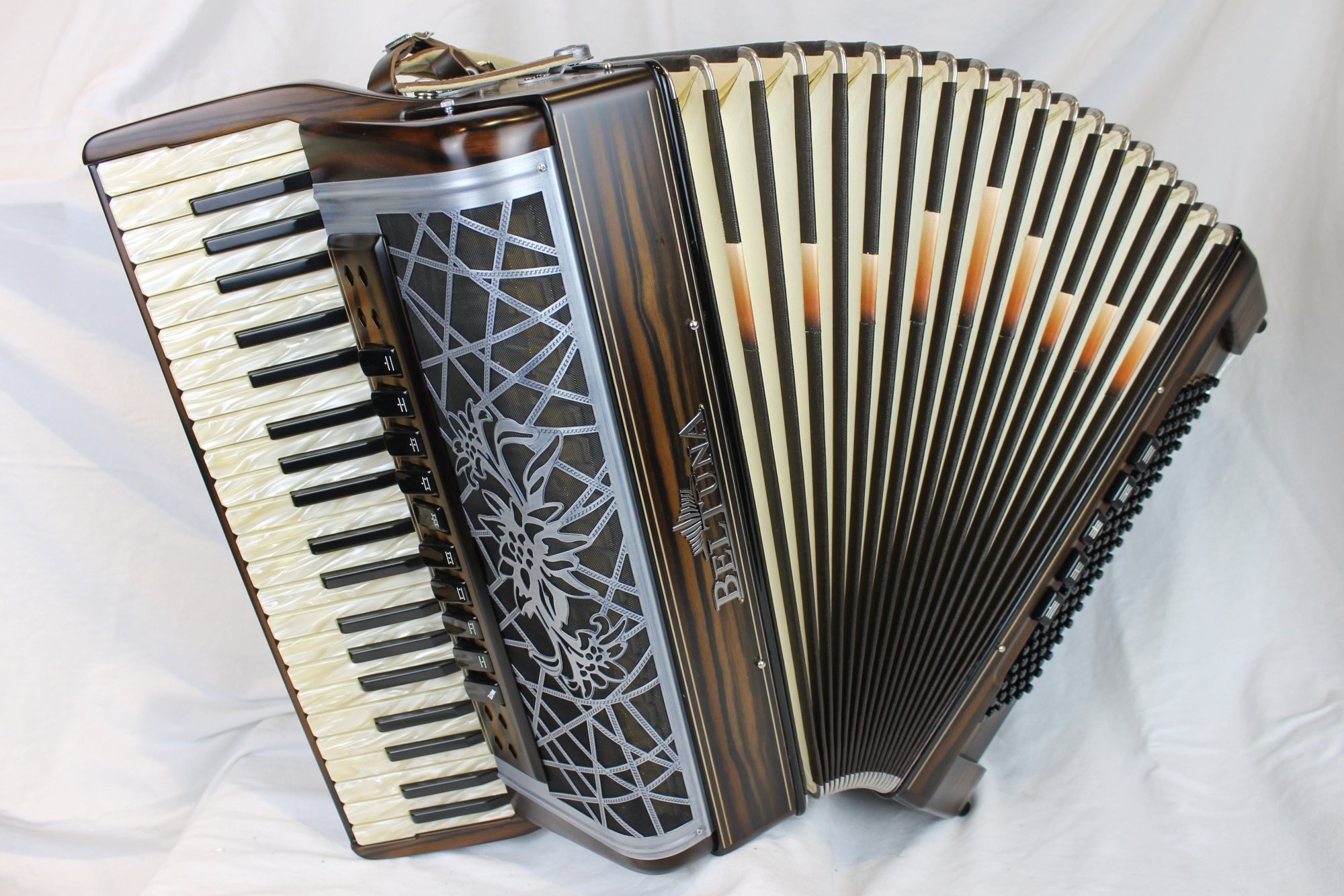 NEW Ebony Beltuna Alpstar IV M PIano Accordion LMMM 42 120