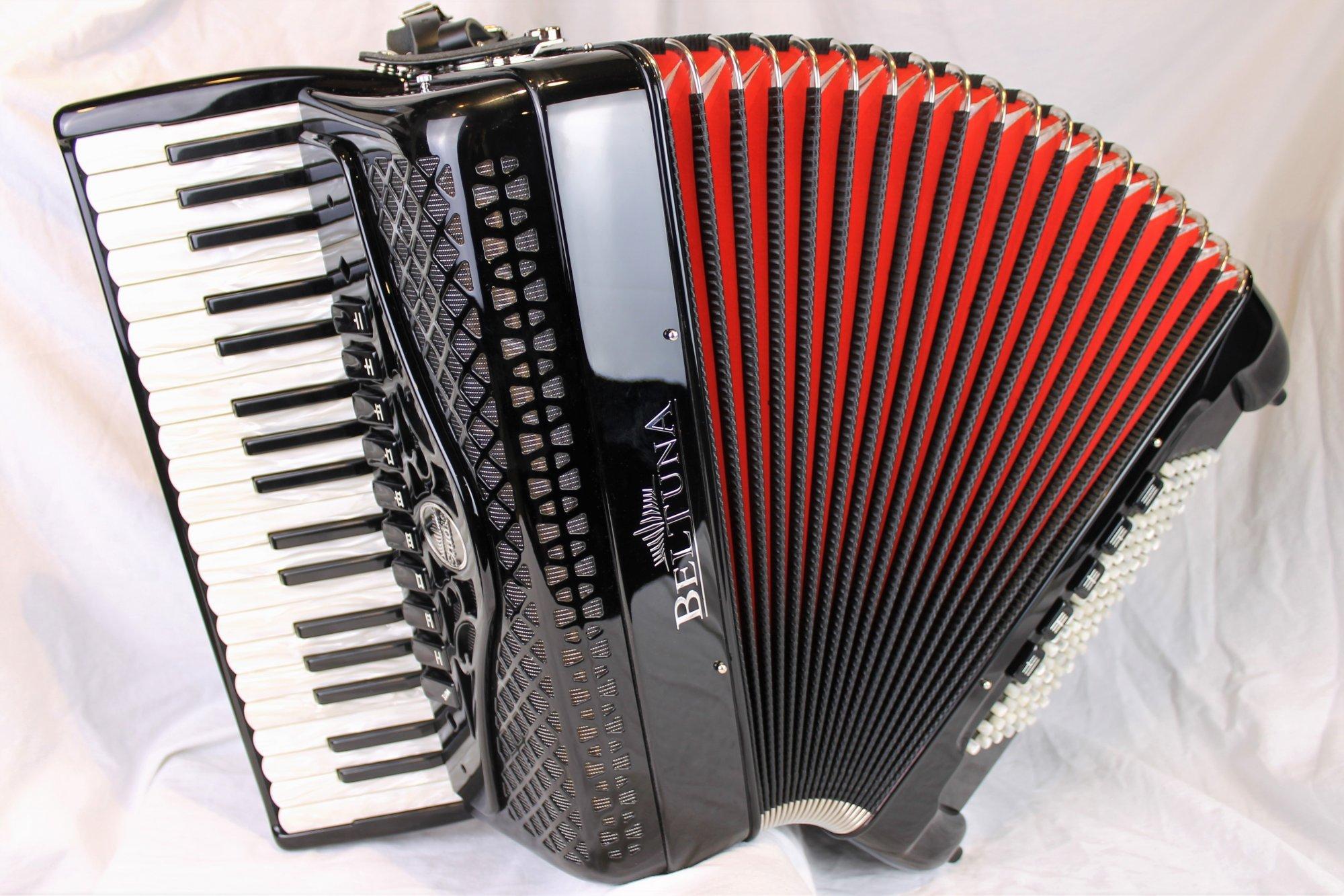 NEW Black Beltuna Studio IV Piano Accordion LMMM 37 96