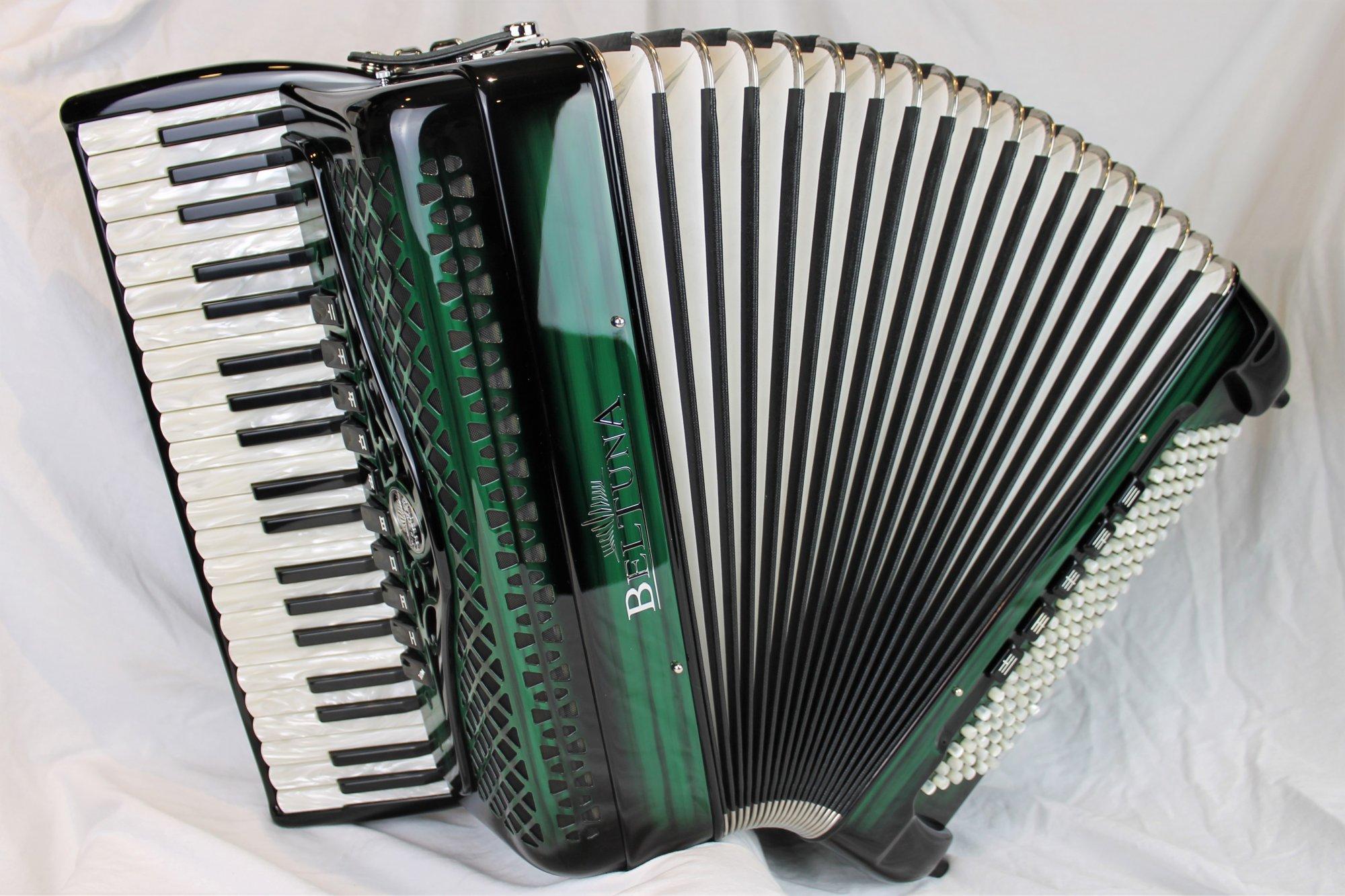 NEW Green Shadow Beltuna Studio IV Compact Piano Accordion LMMM 41 120
