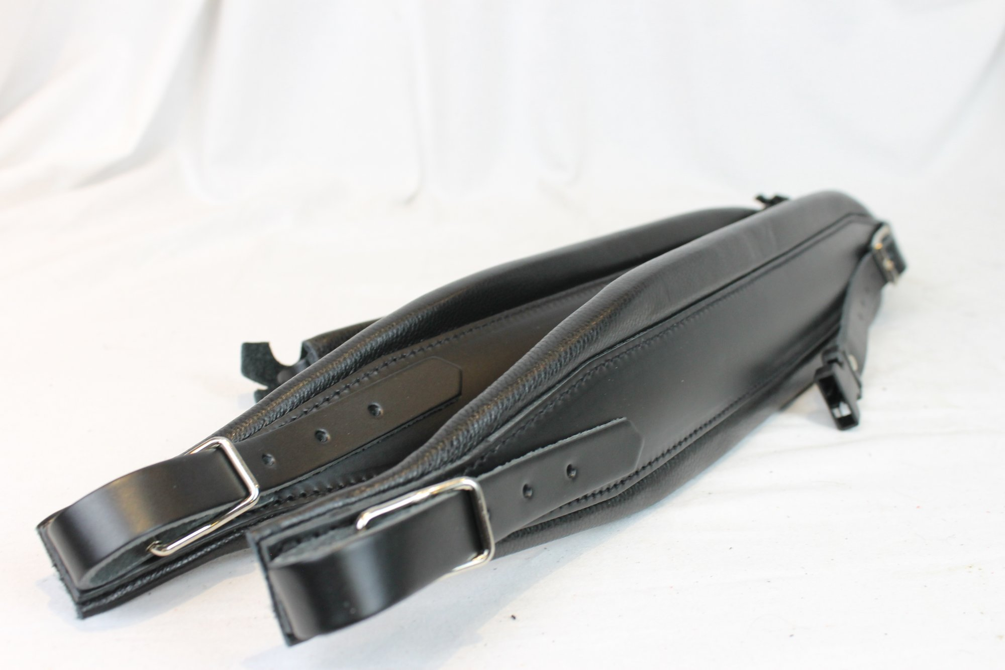 New Black Leather Pelle Fuselli Accordion Shoulder Straps Width (8cm / 3.1in) Length (95~115cm / 37.4~45.3in)