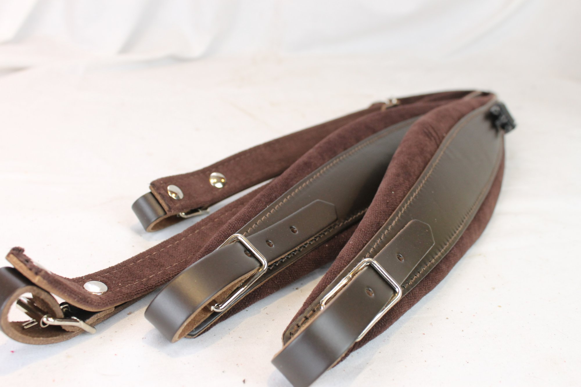 New Brown Leather Velour Fuselli Accordion Shoulder Straps Width (9cm / 3.5in) Length (105~123cm / 41.3~48.4in)