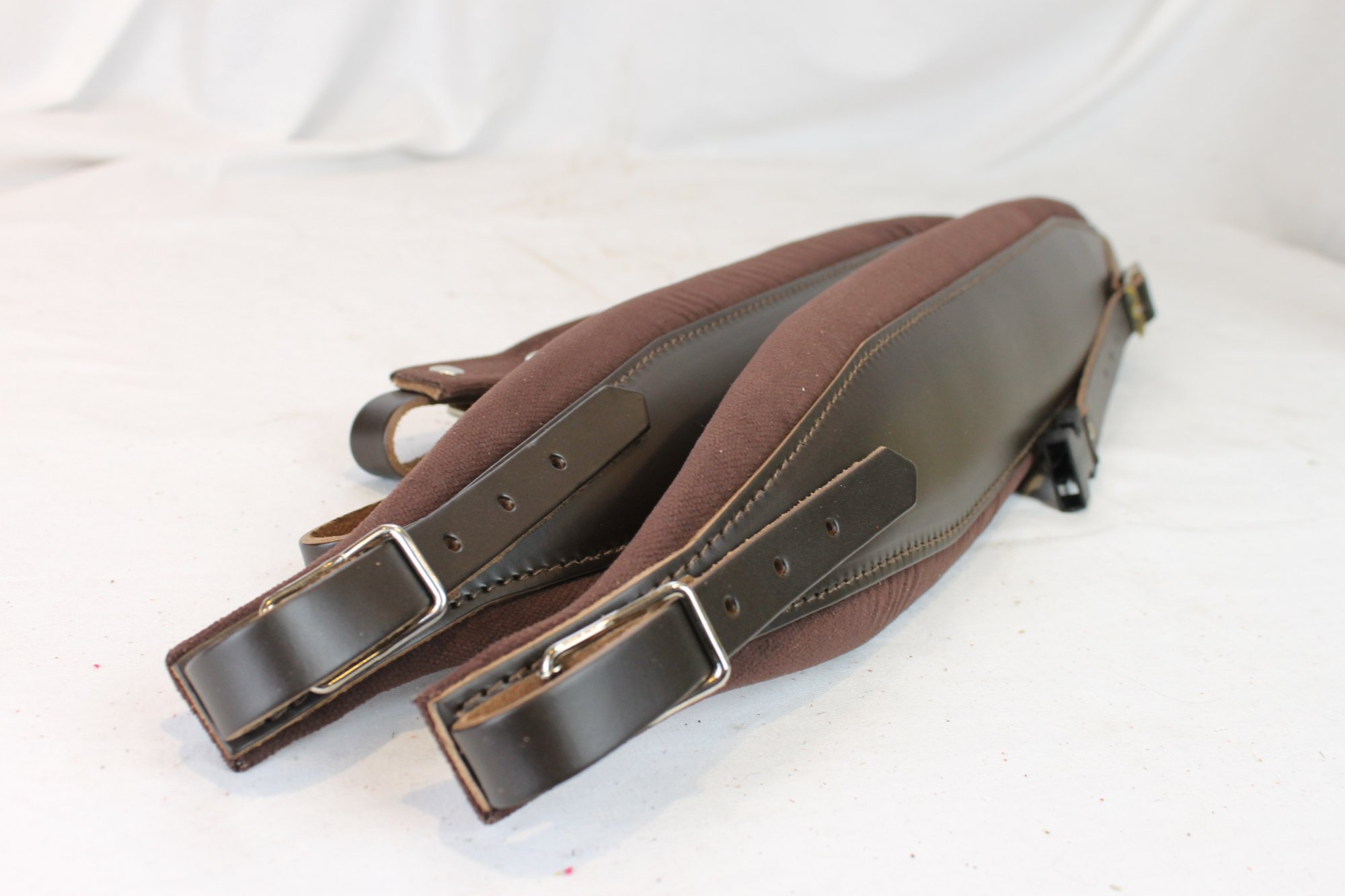New Brown Leather Velour Fuselli Accordion Shoulder Straps Width (10cm / 3.9in) Length (105~123cm / 41.3~48.4in)