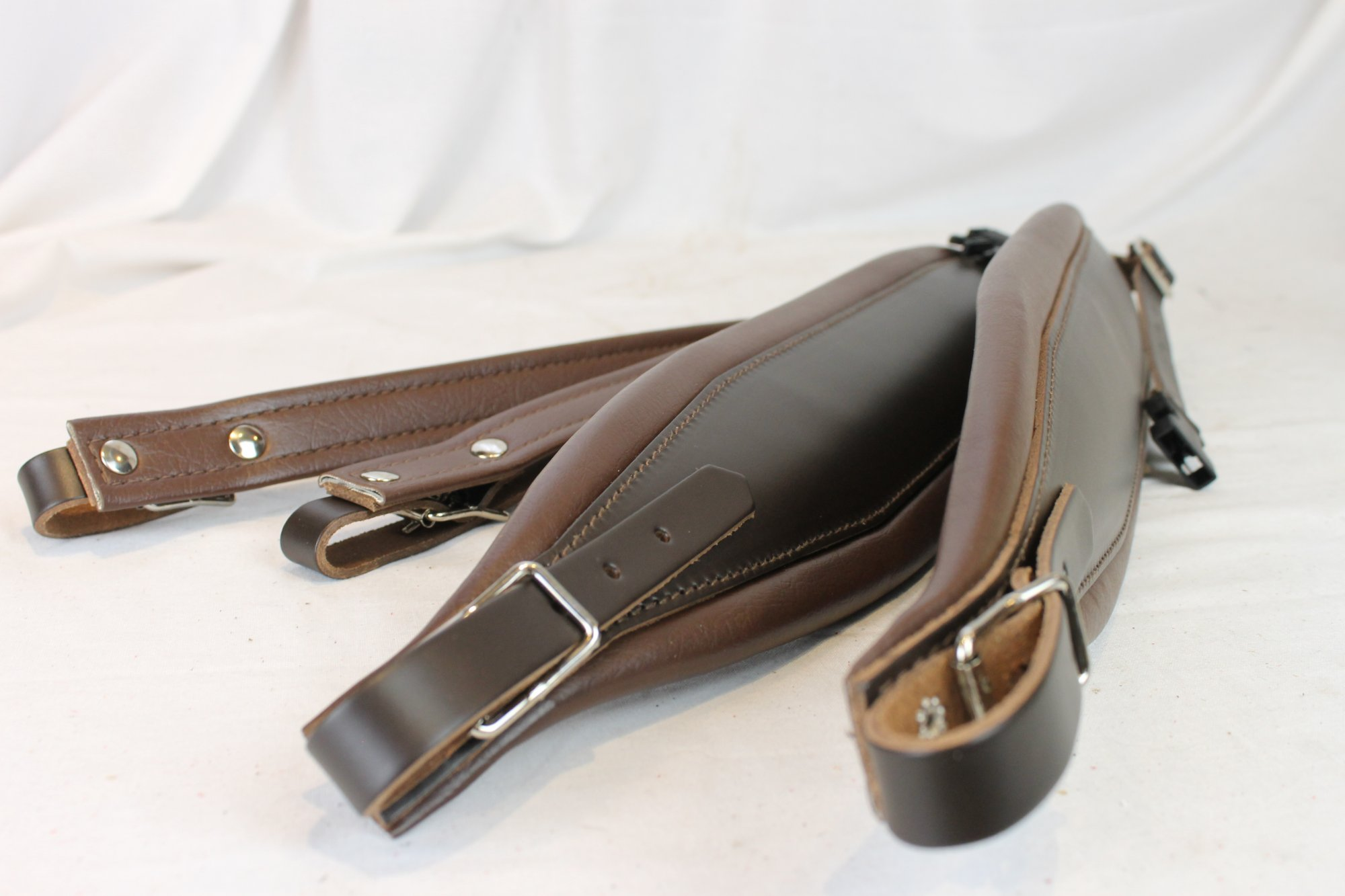 New Brown Leather Fuselli Accordion Shoulder Straps With Back Straps Width (10cm / 3.9 inch) Length (95cm-115cm / 37.4-45.3 inch)