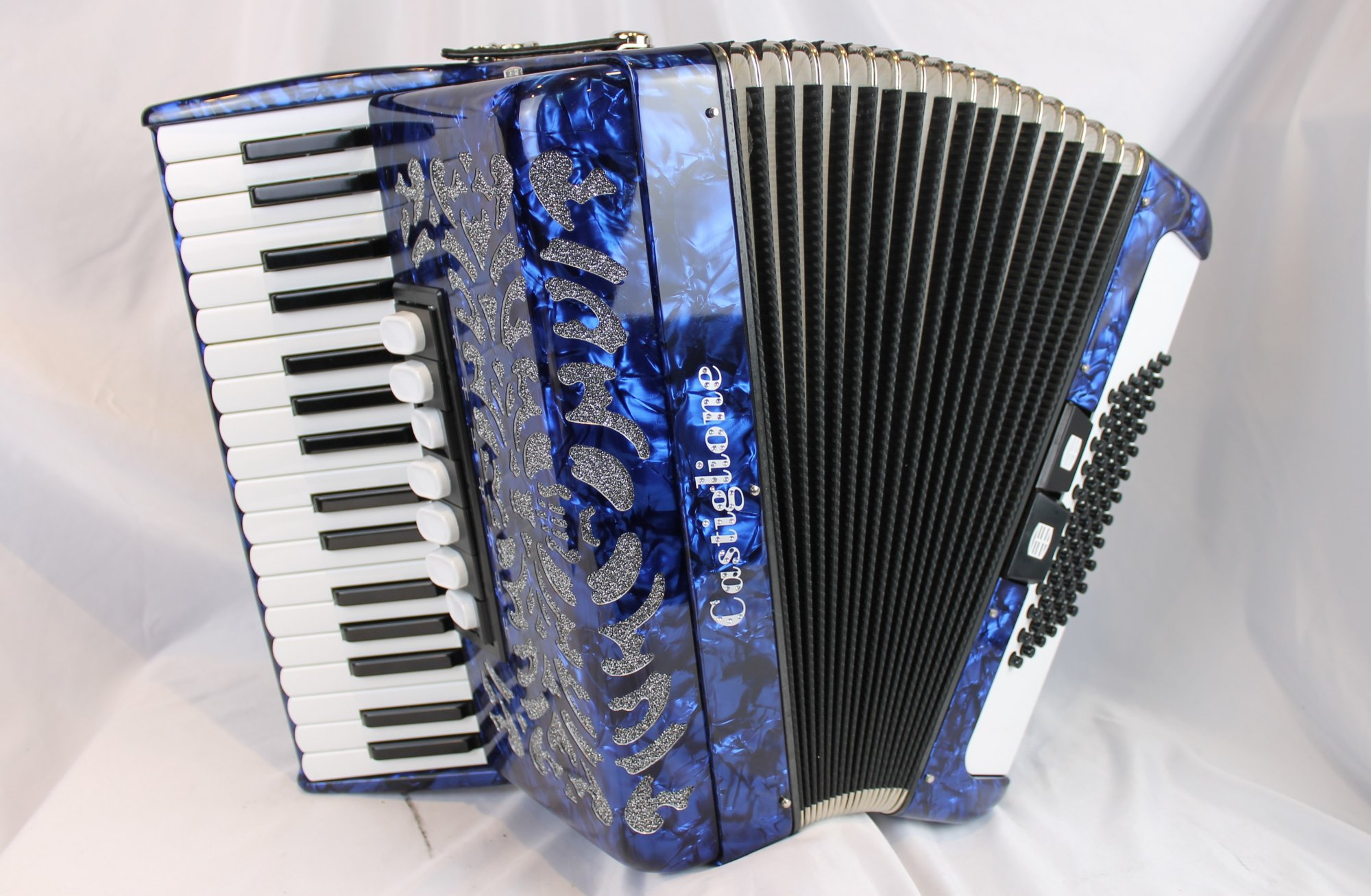 NEW Blue Pearl Castiglione Piano Accordion LMM 34 72 Compare to Weltmeister Achat