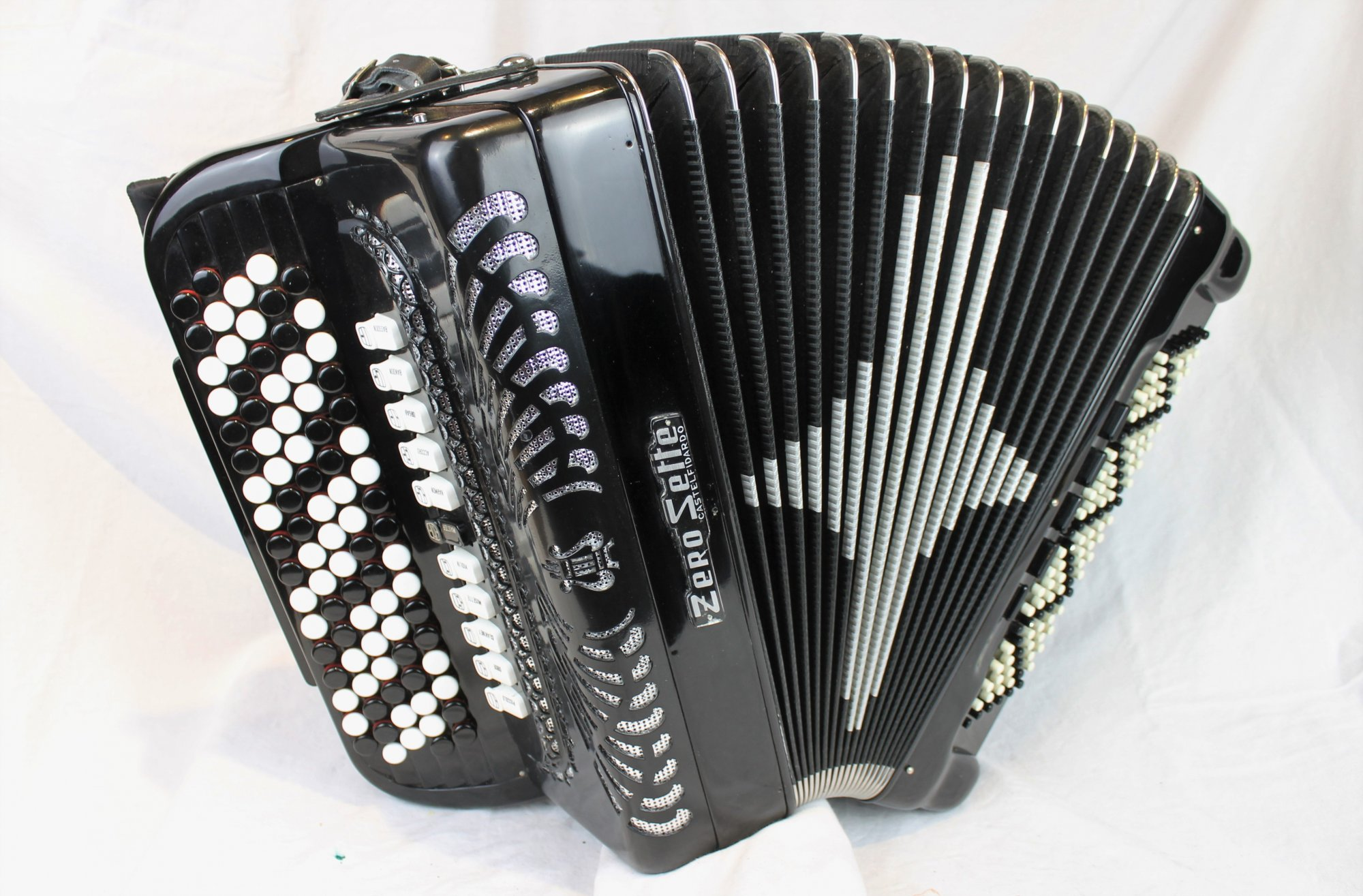 3947 - Black Zero Sette Chromatic Button Accordion C System LMMH 87 120