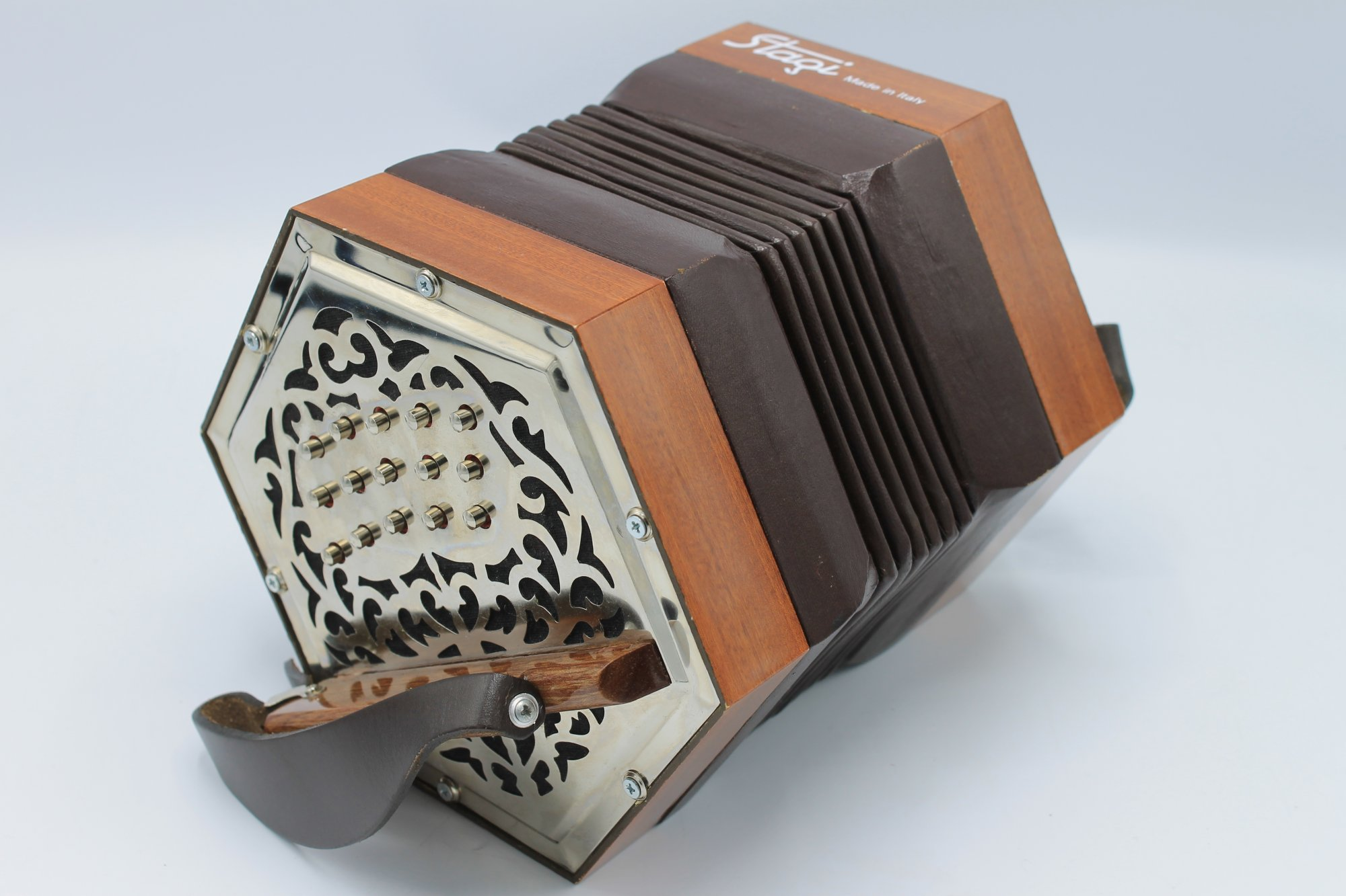 Certified Pre-Owned Mahogany Stagi W-15 Anglo Concertina CG M 30