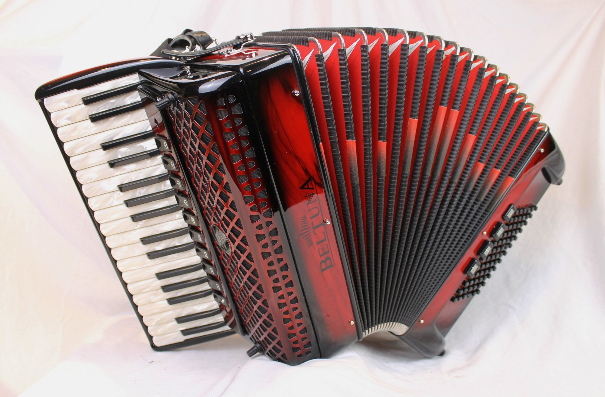 3869 - Certified Pre-Owned Red Shadow Beltuna Studio IV Piano Accordion LMMM 34 72