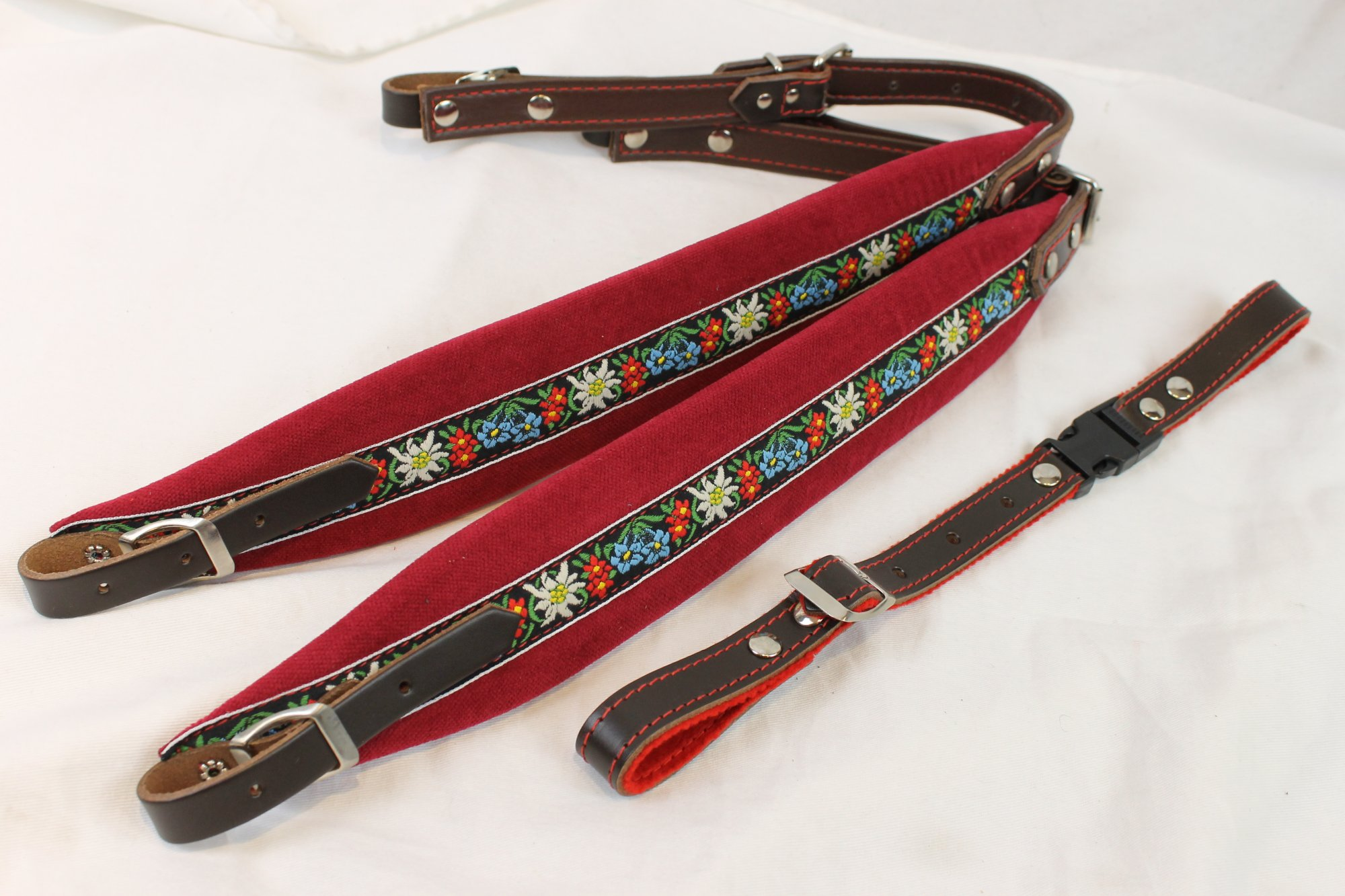 New Red Alpine Velour Fuselli Accordion Shoulder Straps Width (6cm / 2.4in) Length (65~77cm / 25.5~35.5in)