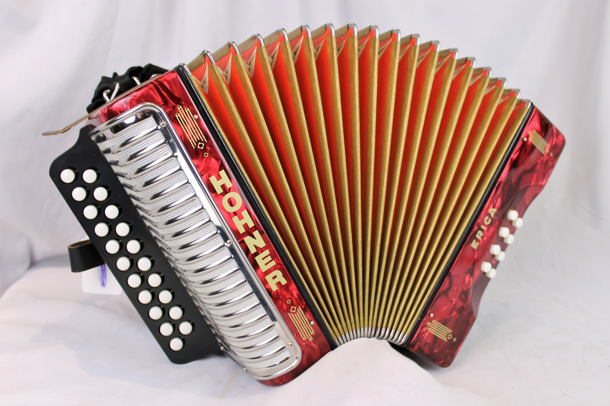 Like New Red Hohner Erica Diatonic Button Accordion AD MM 21 8