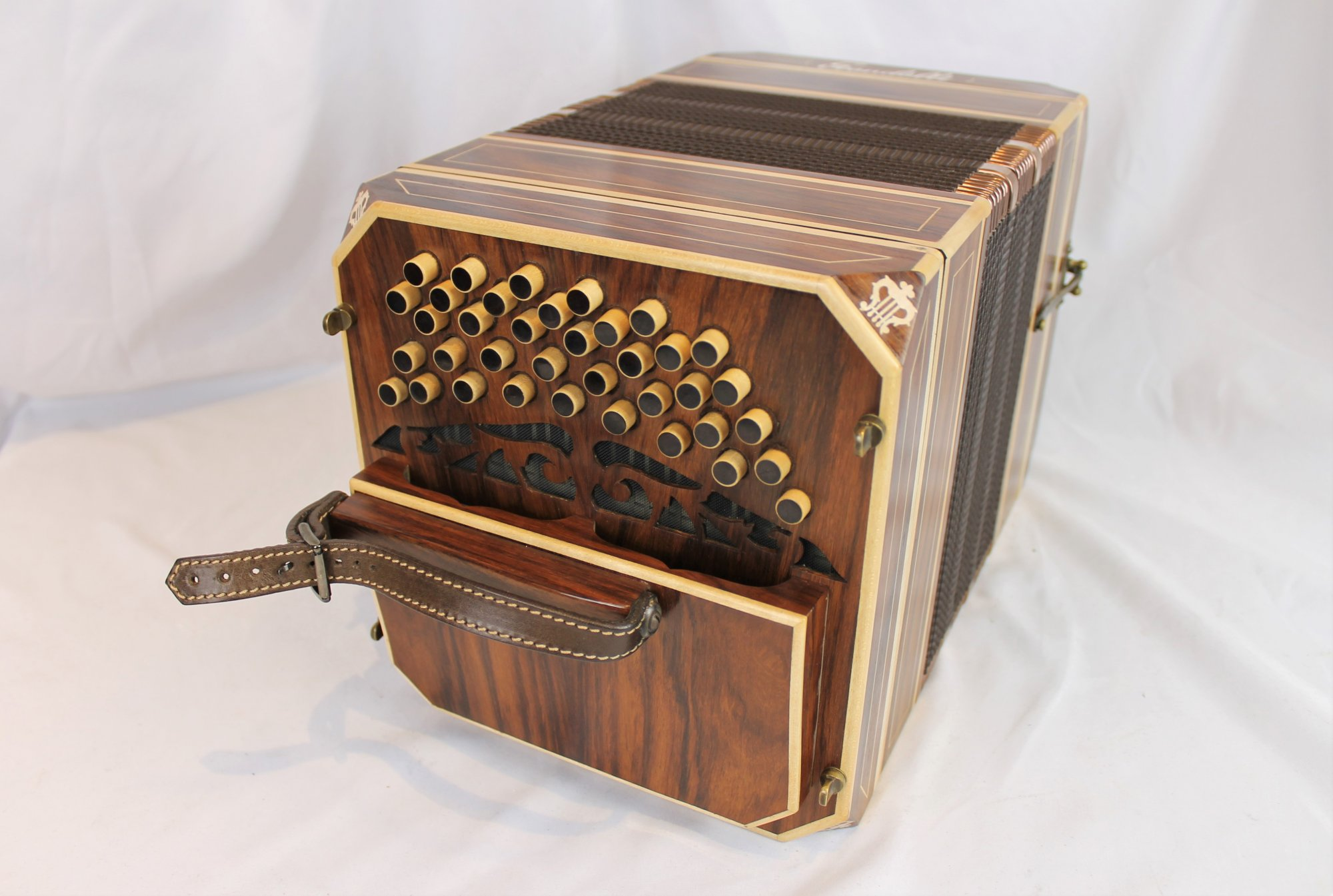 NEW Mahogany Scandalli Argentinean 152 Note Bandoneon LM 39 37