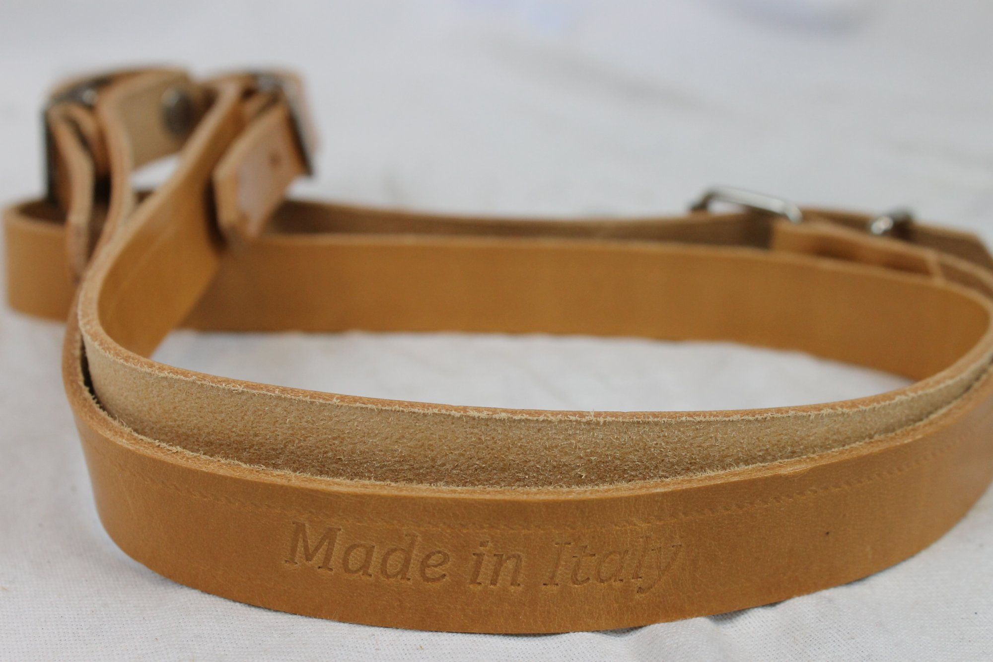 New Tan Leather Fuselli Diatonic Single Accordion Shoulder Strap Width (2cm / 0.75in) Length (100~115cm / 39.5~41.5in)