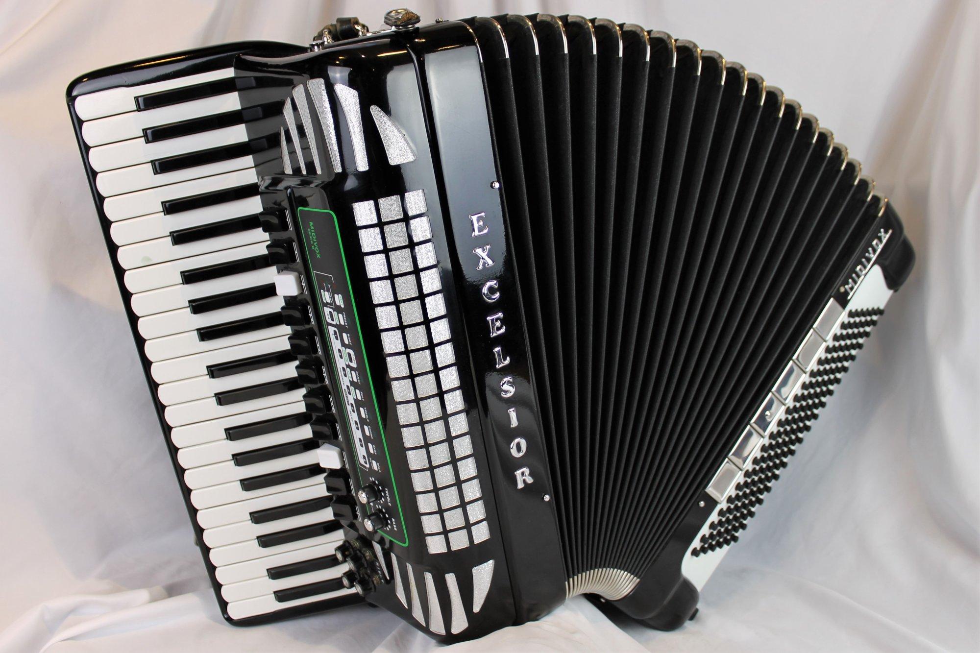 4872 - Black Excelsior Midivox II 911 Piano Accordion LMMM 41 120