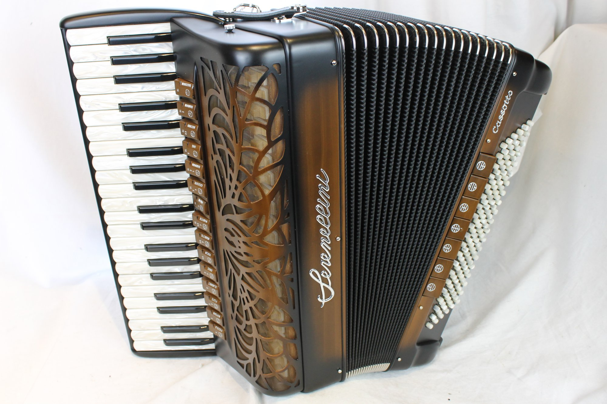 NEW Chocolate Serenellini Zeus Piano Accordion LMMH 41 120