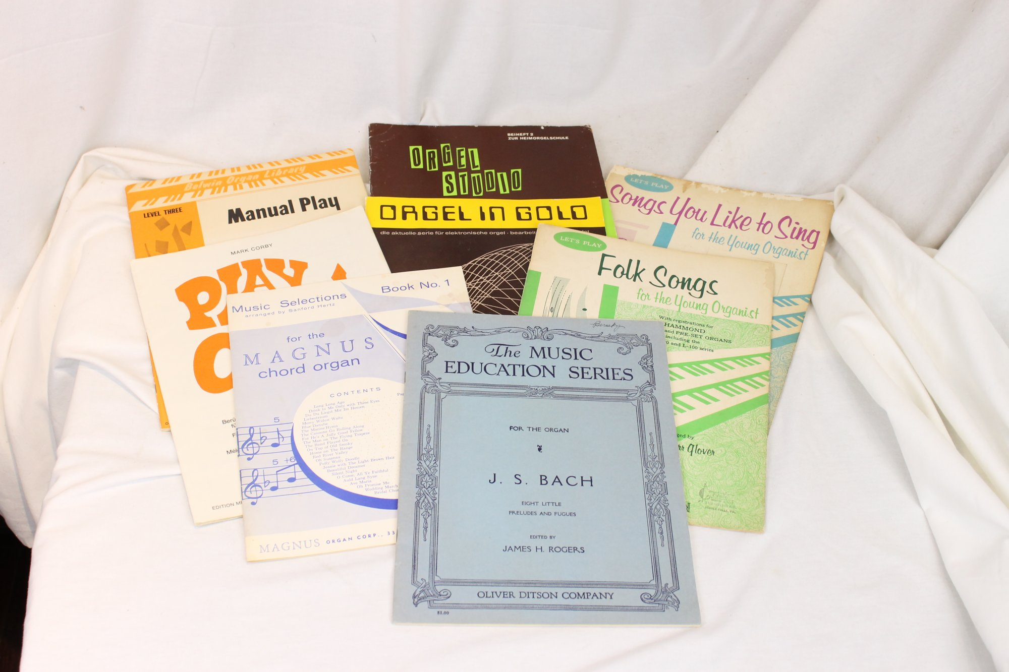 Lot of 8 Used Organ Music Books - Bach, Folk
