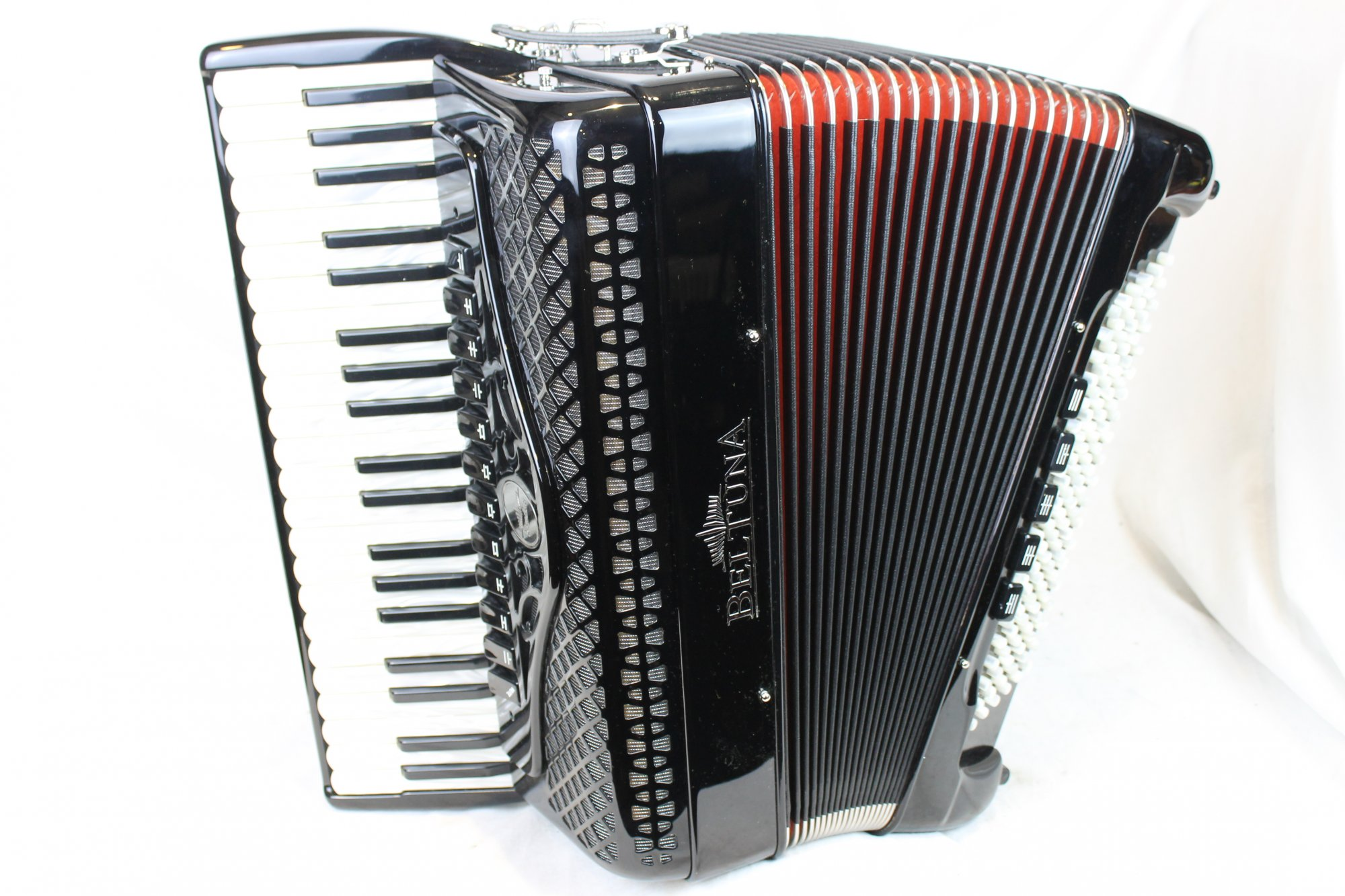 NEW Black Beltuna Studio IV Piano Accordion LMMH 41 120