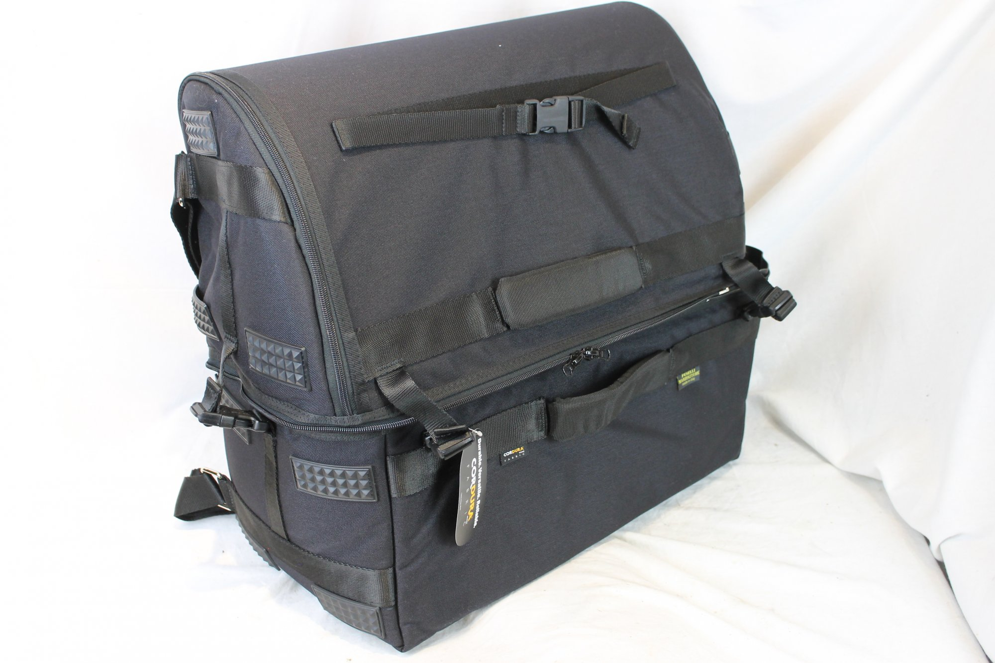 NEW Black Fuselli Jet Set Gig Bag for Accordion 19.5 x 20.5 x 10 fits Standard and Free Bass Chromatic Button Accordion