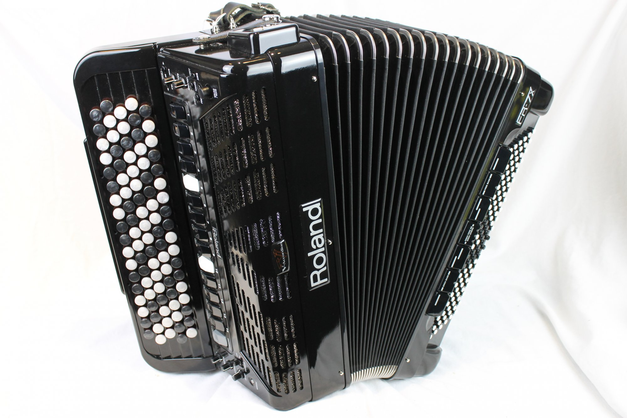 3559 - Black Roland FR-7XB Digital Piano Accordion 92 120