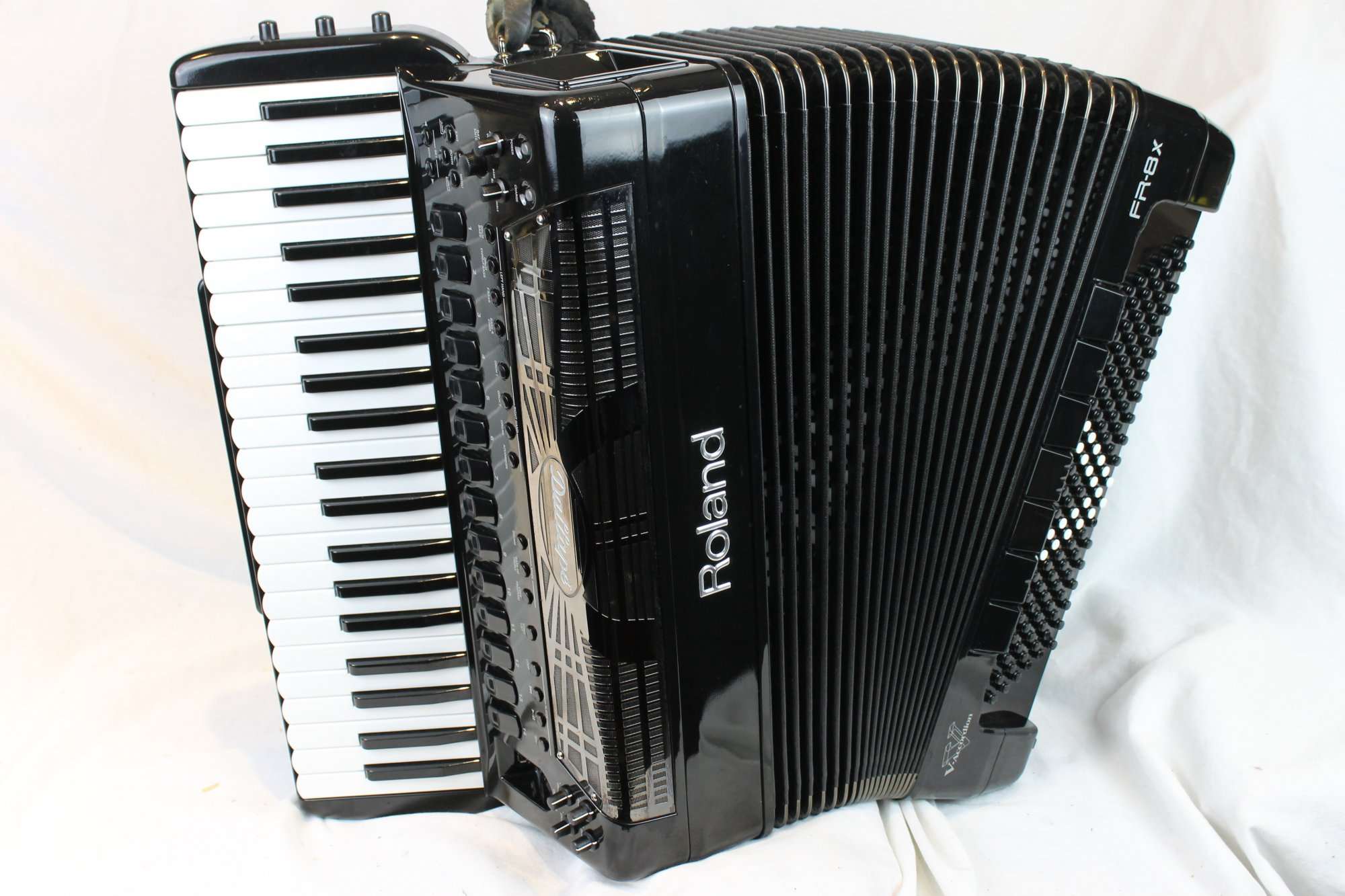 3570 - Black Dallape Limited Edition Roland FR-8X Digital Piano Accordion 41 120