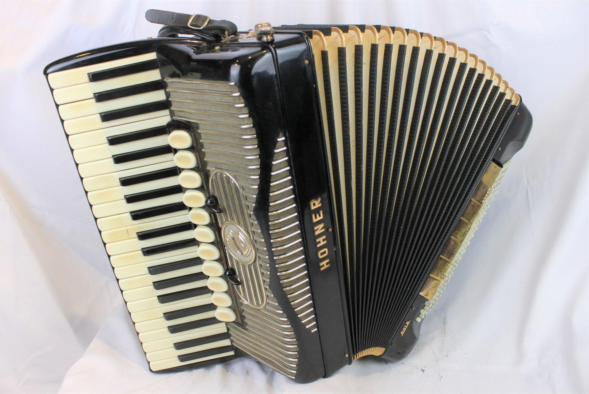 4027 - Black Hohner Gola Piano Accordion LMMM 41 120